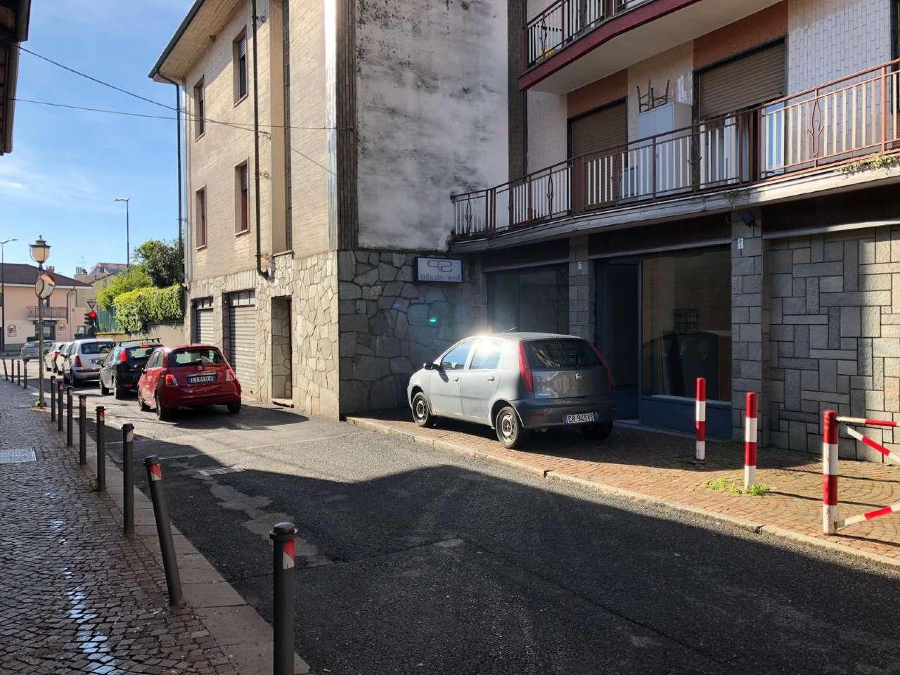 Negozio in affitto via MONTE GRAPPA 124 Rivoli