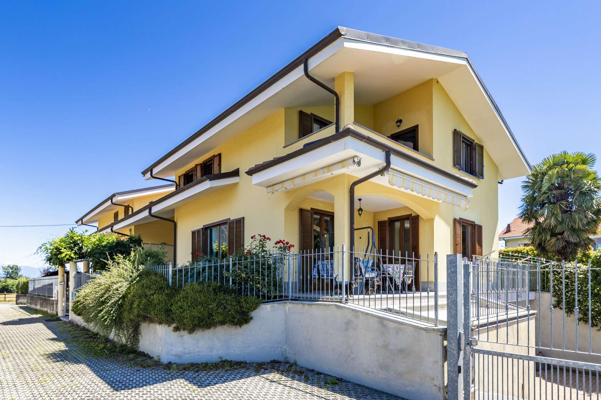 Villa in vendita a Rosta, 6 locali, prezzo € 398.000 | PortaleAgenzieImmobiliari.it