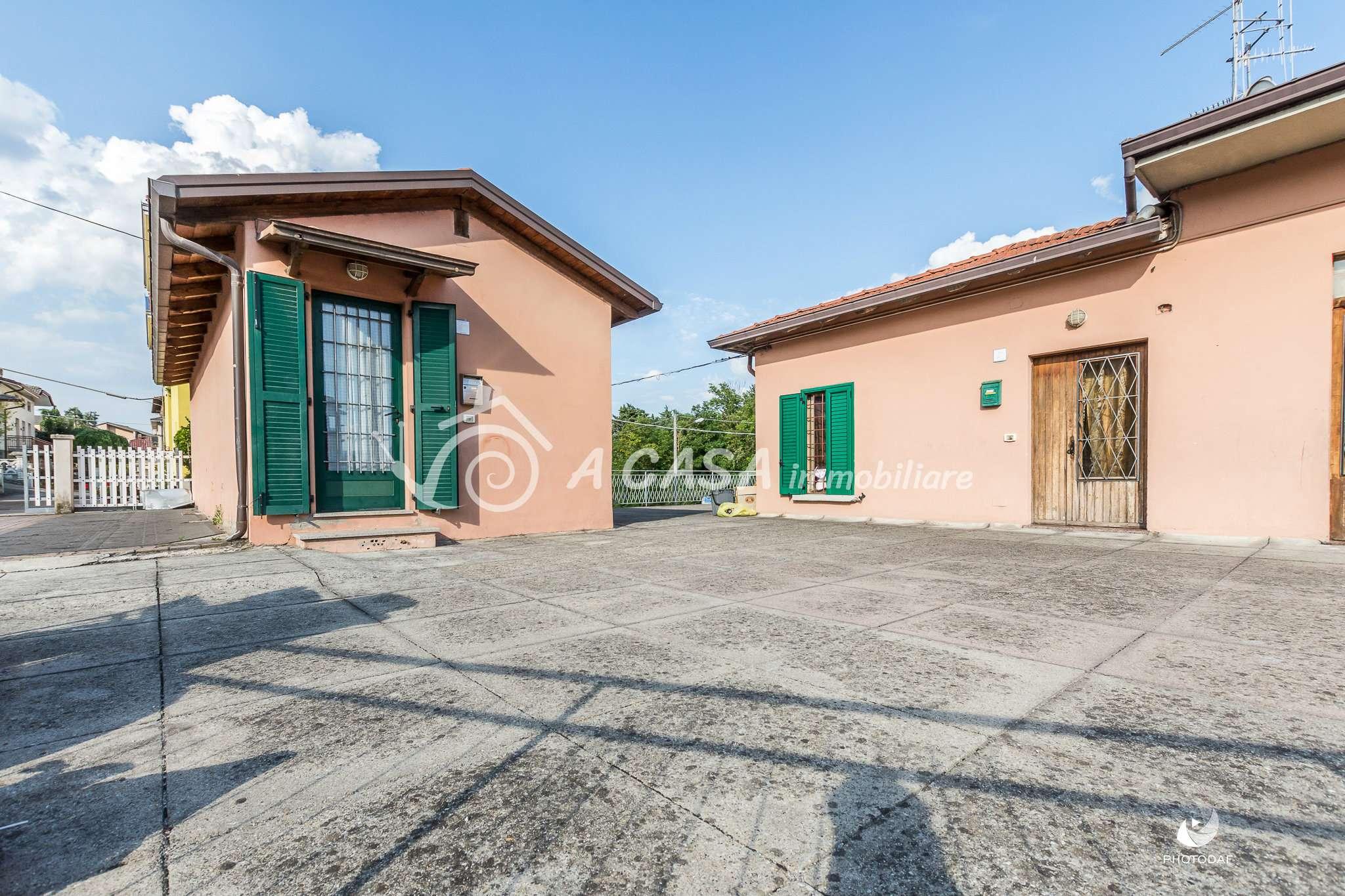 Appartamento in vendita a Medesano, 3 locali, prezzo € 50.000 | PortaleAgenzieImmobiliari.it