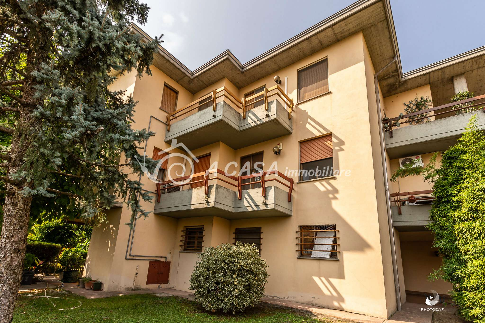 Appartamento in buone condizioni in vendita Rif. 8174720