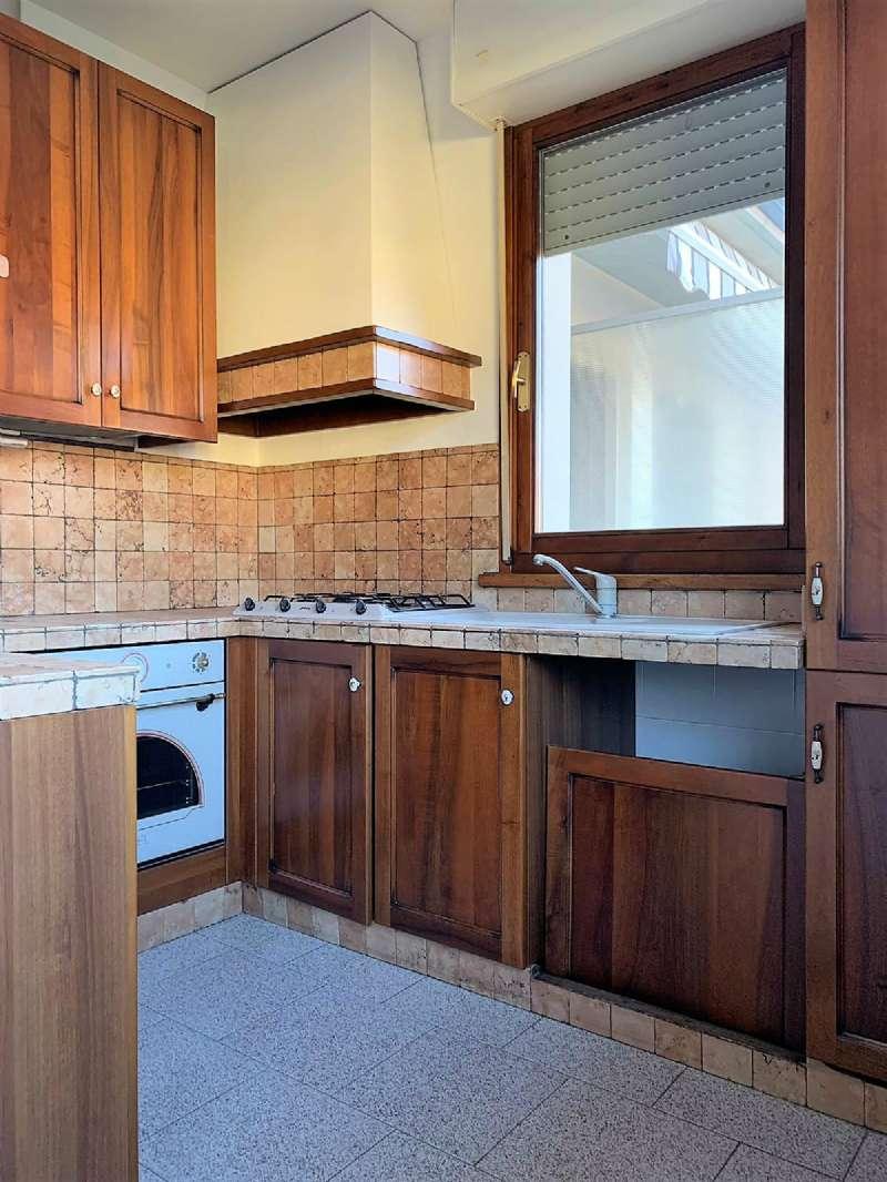 Appartamento in ottime condizioni parzialmente arredato in affitto Rif. 8787743