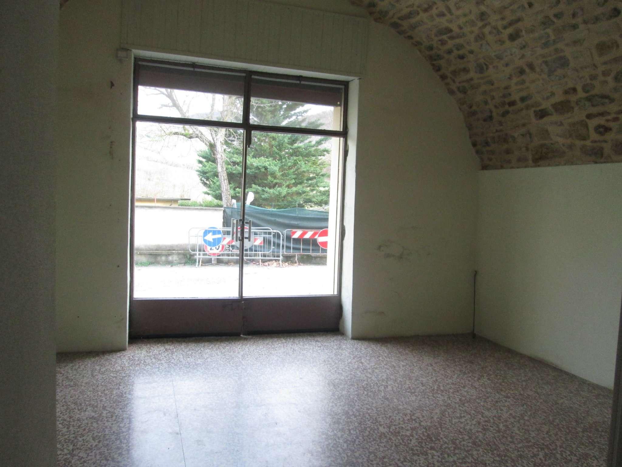 Negozio / Locale in vendita a Fornovo di Taro, 1 locali, prezzo € 15.000 | CambioCasa.it
