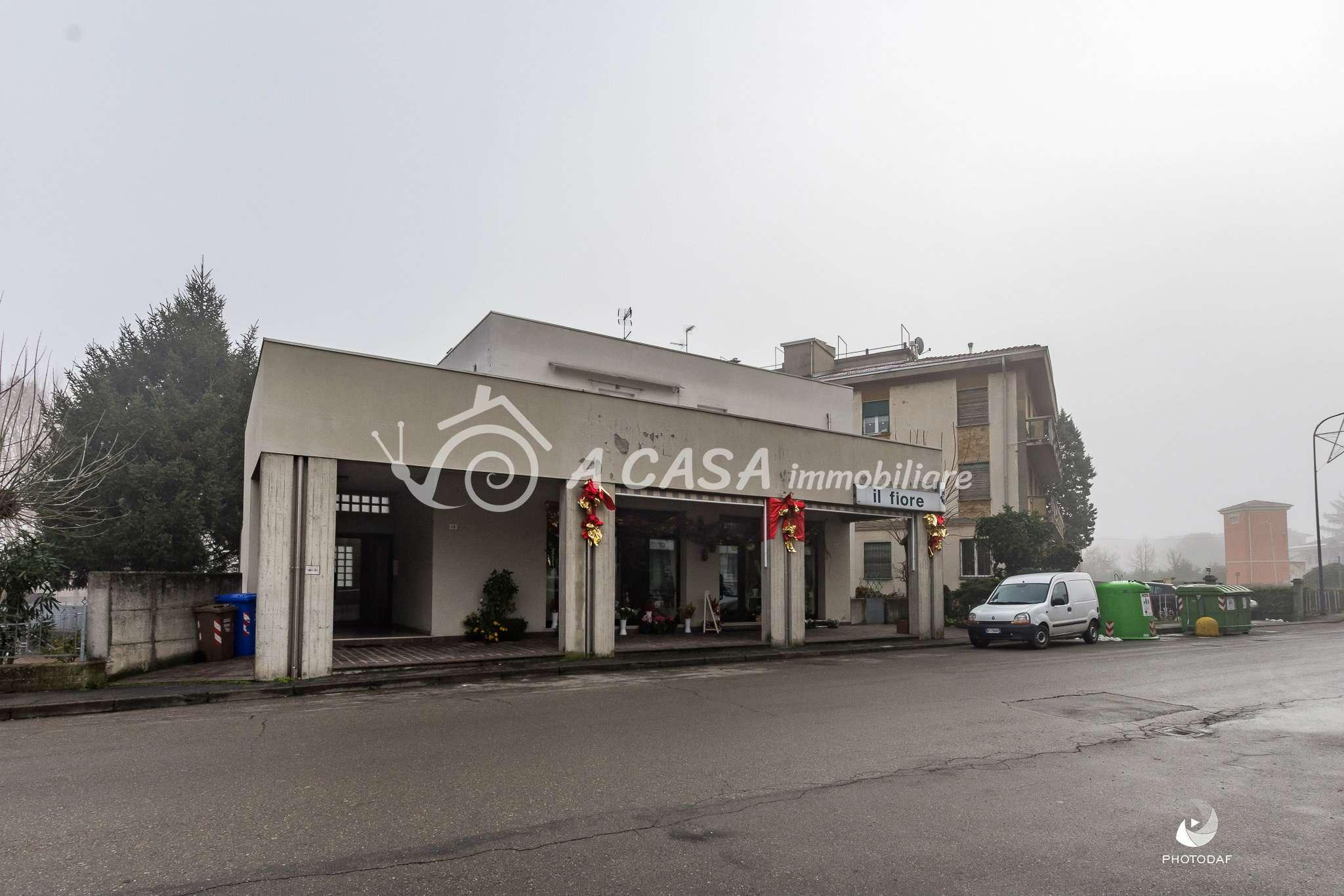 Appartamento in buone condizioni parzialmente arredato in vendita Rif. 8719583