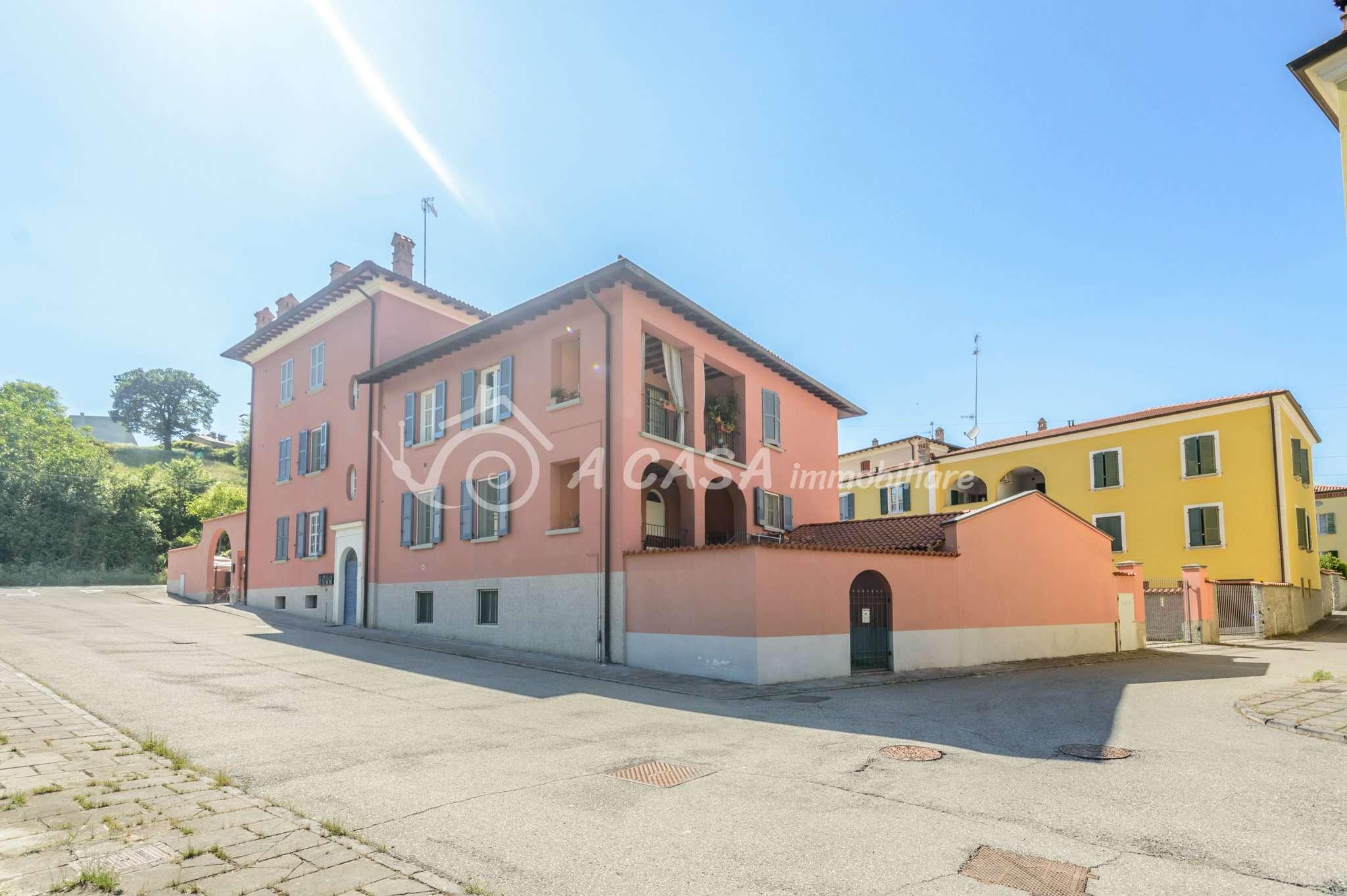 Appartamento in vendita a Fornovo di Taro, 4 locali, prezzo € 190.000 | PortaleAgenzieImmobiliari.it