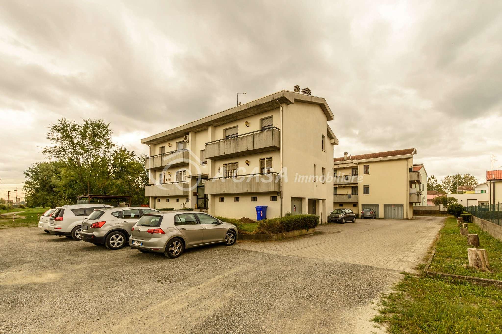Appartamento in vendita a Fontanellato, 3 locali, prezzo € 110.000 | CambioCasa.it