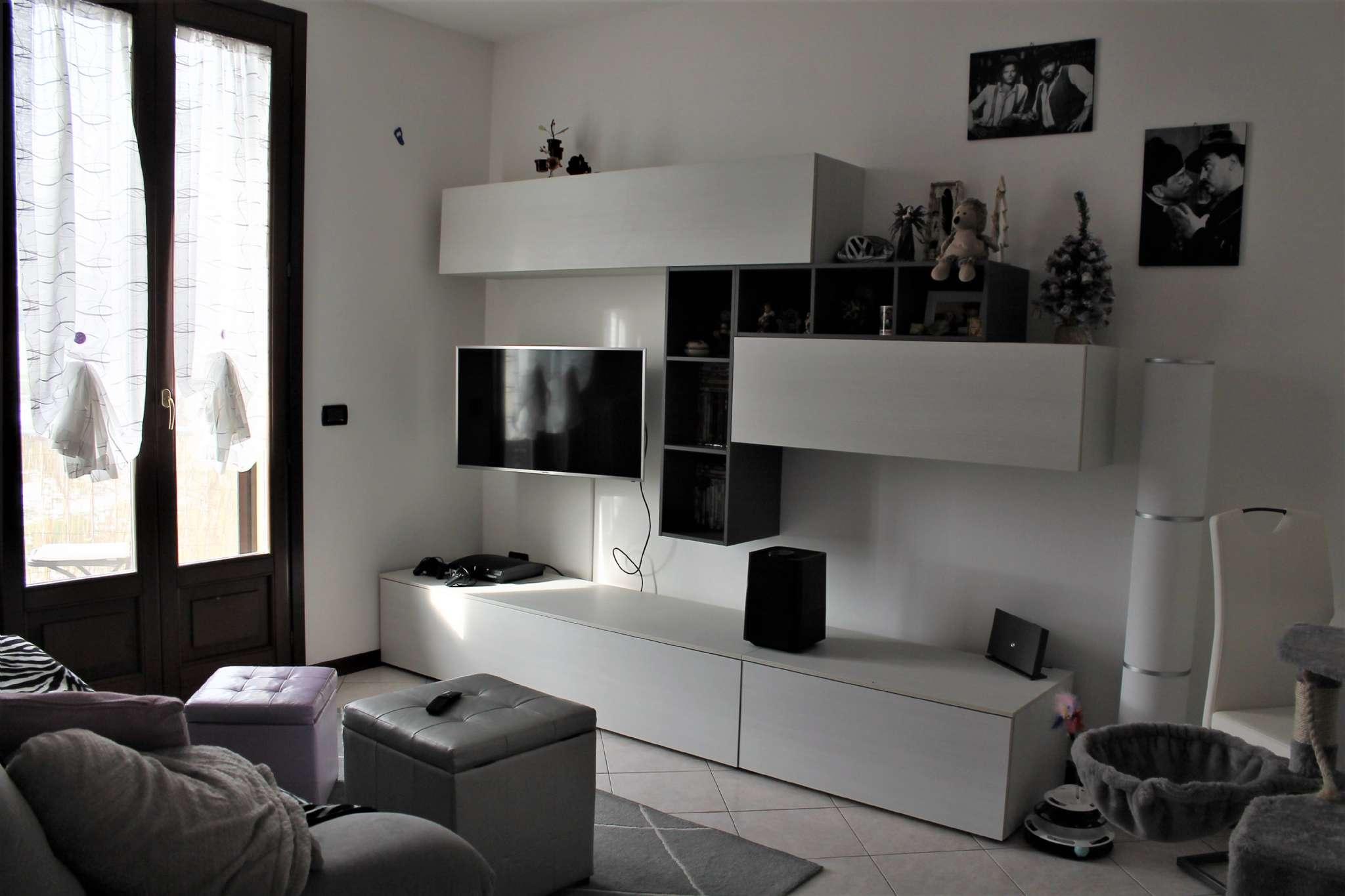 Appartamento in affitto a Medesano, 2 locali, prezzo € 400 | CambioCasa.it