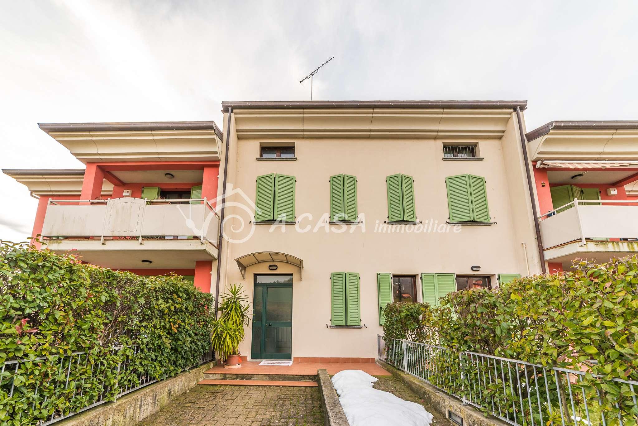 Appartamento in vendita a Varano de' Melegari, 4 locali, prezzo € 179.000 | CambioCasa.it