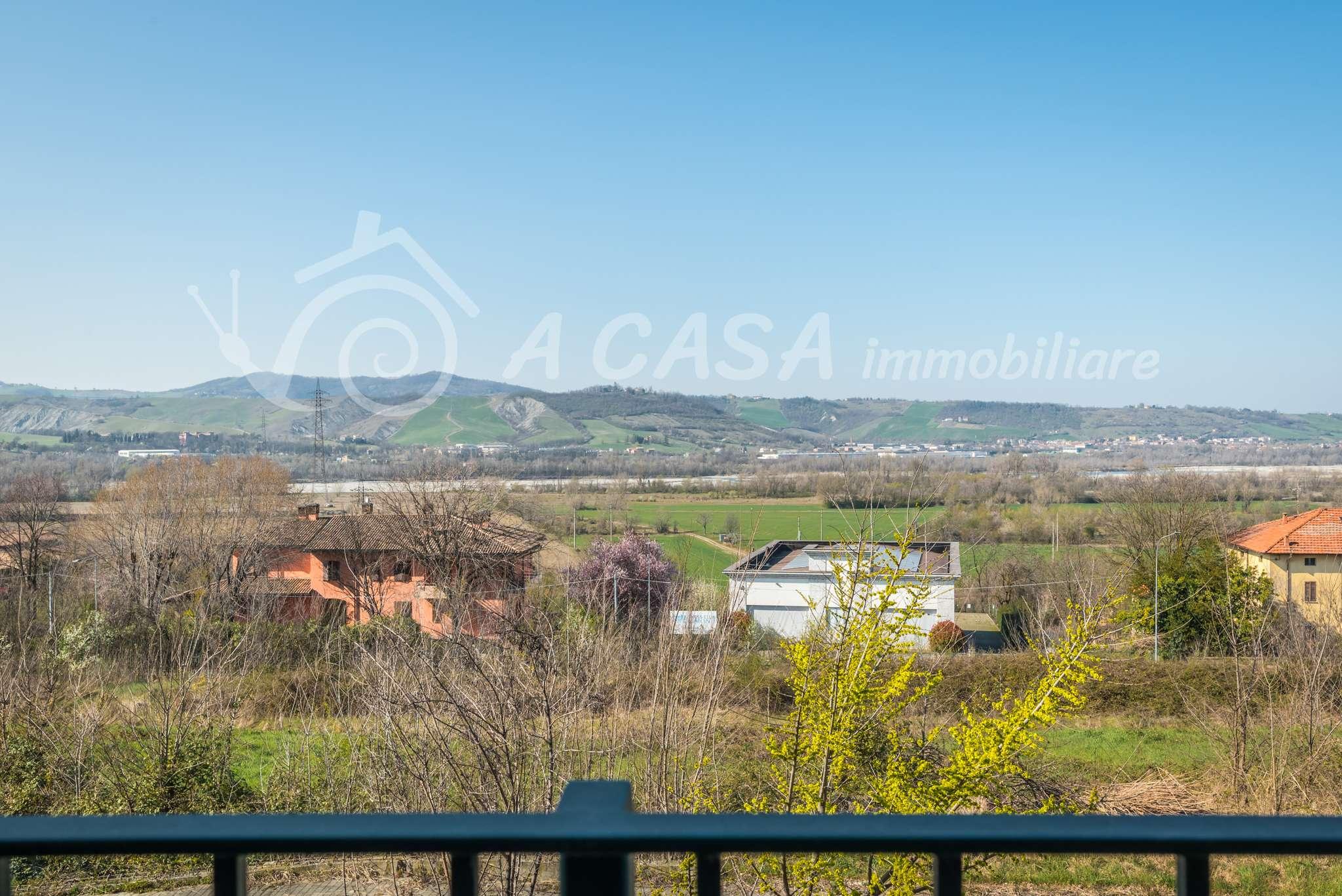 Appartamento in vendita a Fornovo di Taro, 2 locali, prezzo € 89.000 | PortaleAgenzieImmobiliari.it