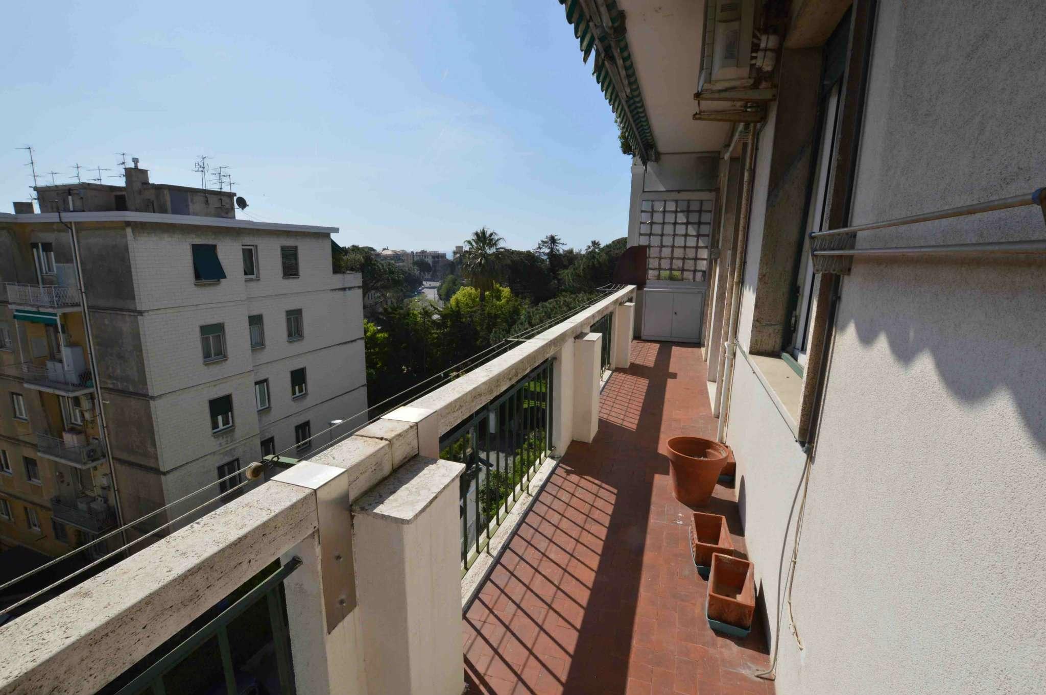 Appartamento in buone condizioni in vendita Rif. 6406914