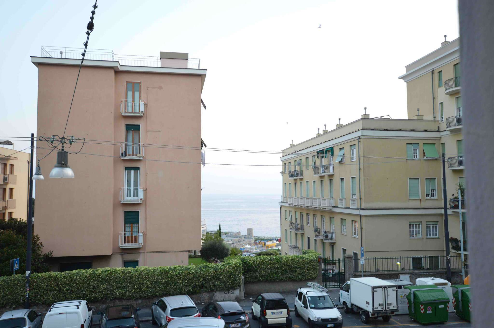 Appartamento in buone condizioni in affitto Rif. 8036239