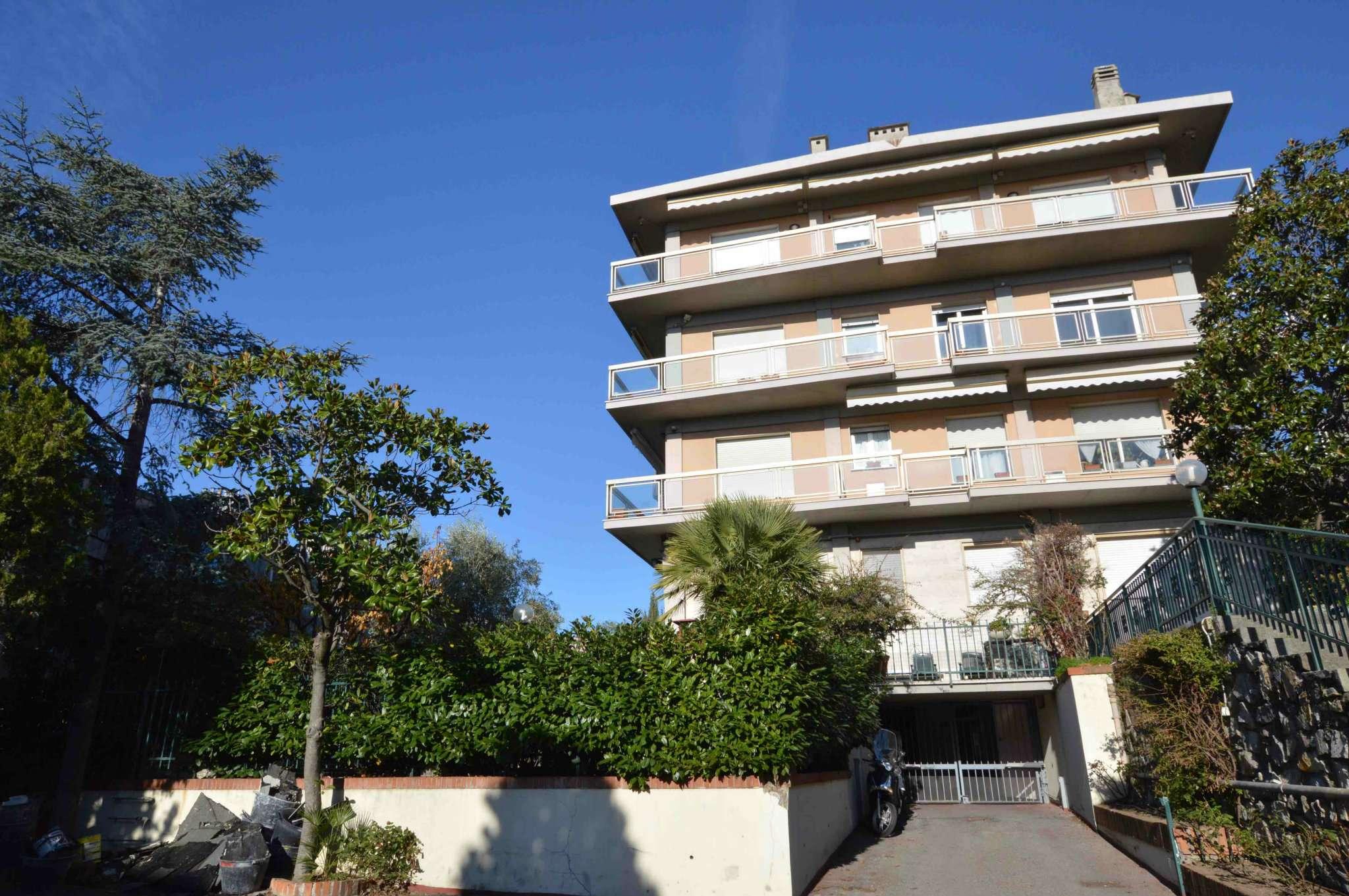 Appartamento ristrutturato arredato in affitto Rif. 8848893