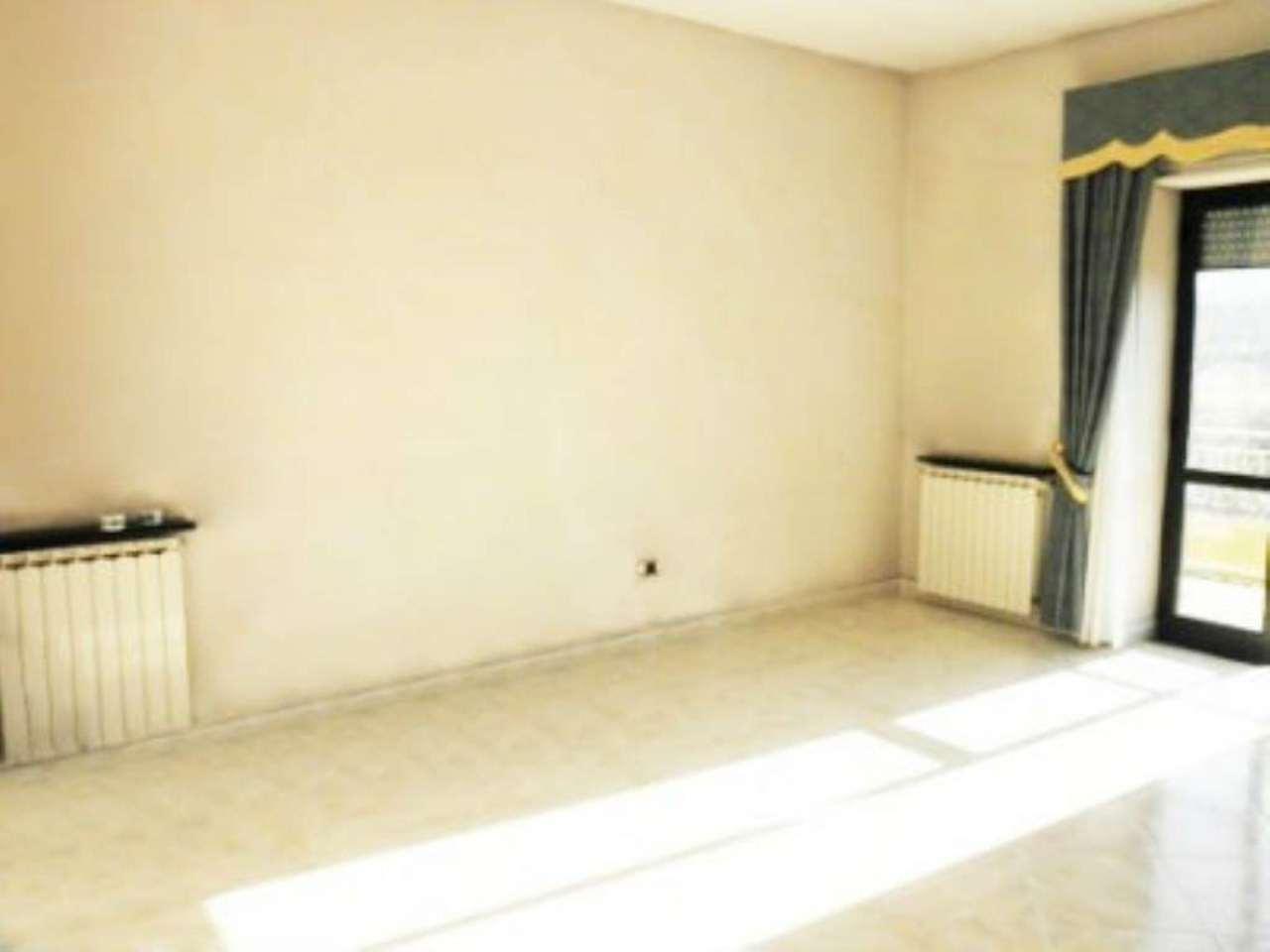 Appartamento in buone condizioni in vendita Rif. 5001779