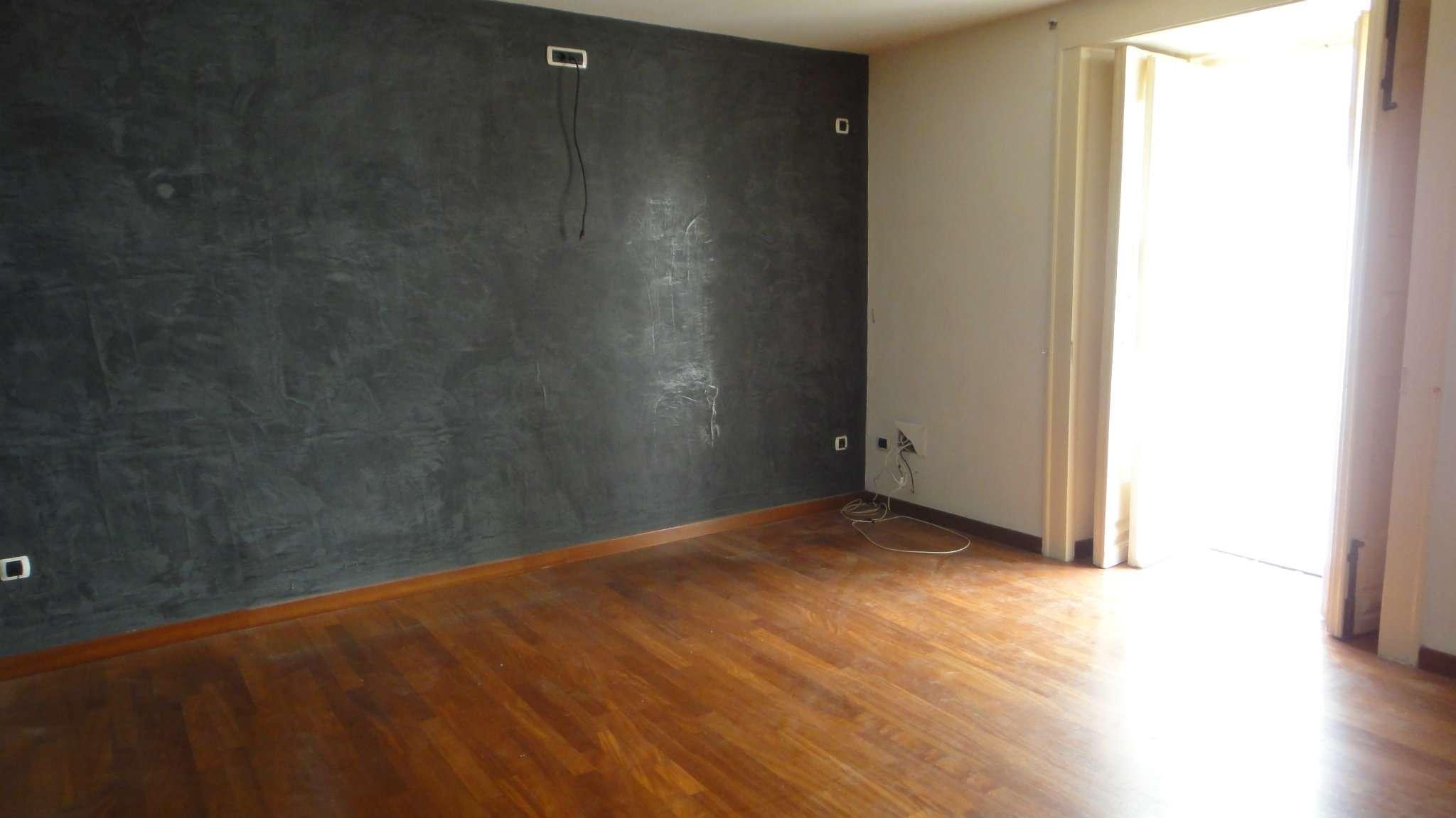 Appartamento in affitto a Napoli, 2 locali, zona Zona: 1 . Chiaia, Posillipo, San Ferdinando, prezzo € 950 | CambioCasa.it
