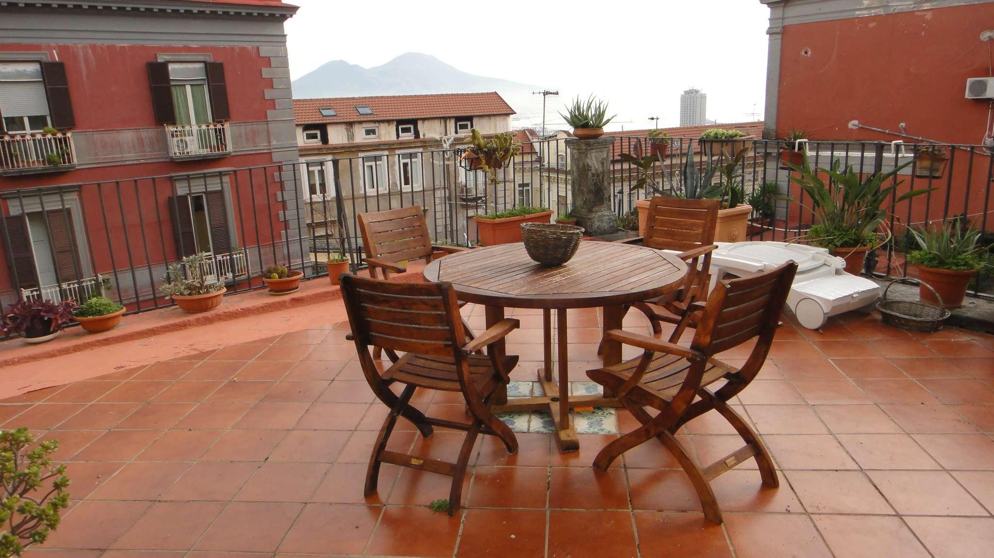 Appartamento Con Terrazzo Affitto A Napoli Cambiocasa It