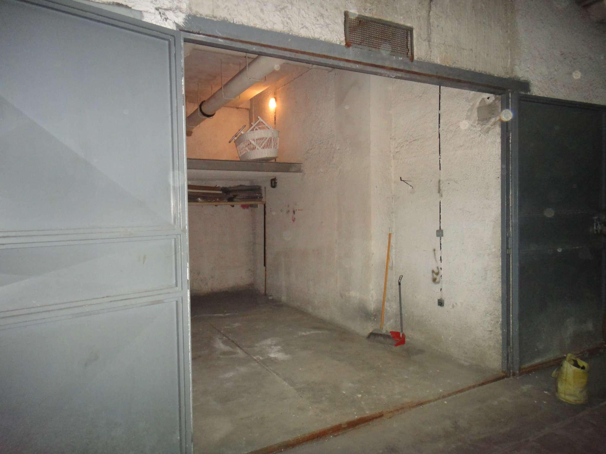 Box / Garage in vendita a Napoli, 1 locali, zona Zona: 5 . Vomero, Arenella, prezzo € 50.000 | CambioCasa.it