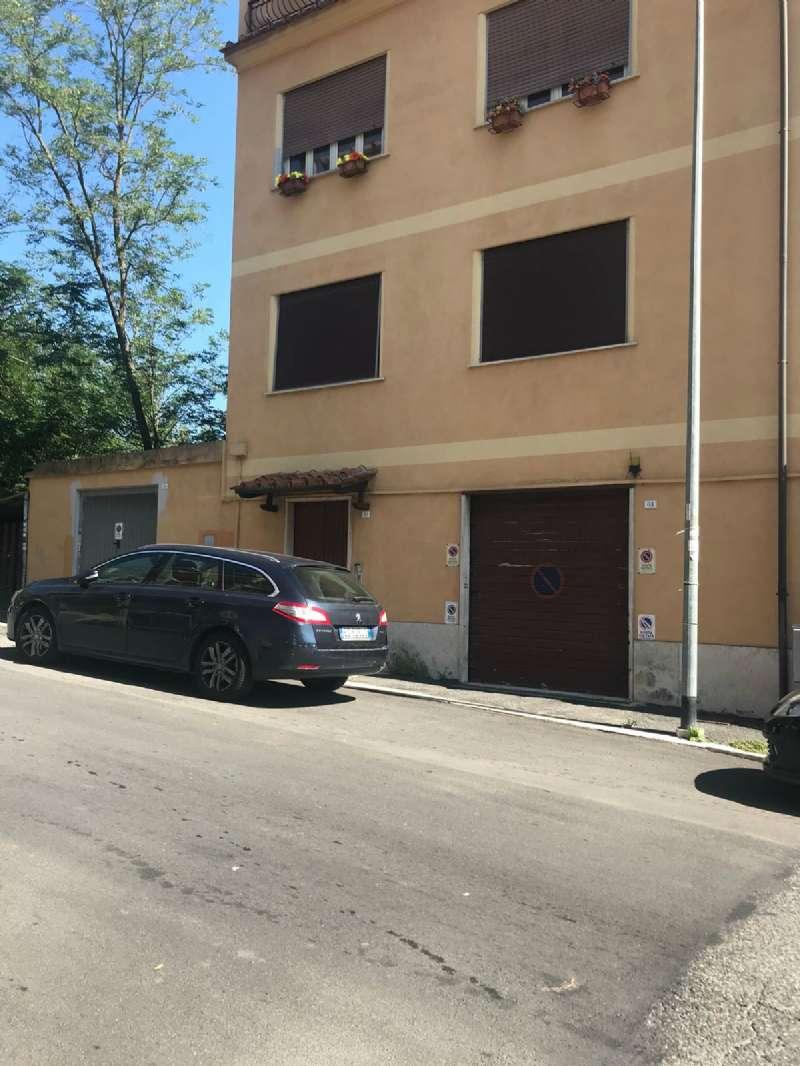Appartamento in condizioni mediocri in affitto Rif. 7848548
