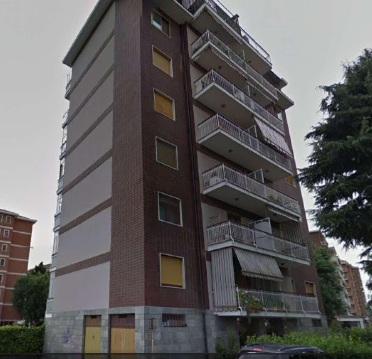Appartamento in buone condizioni in vendita Rif. 7001555
