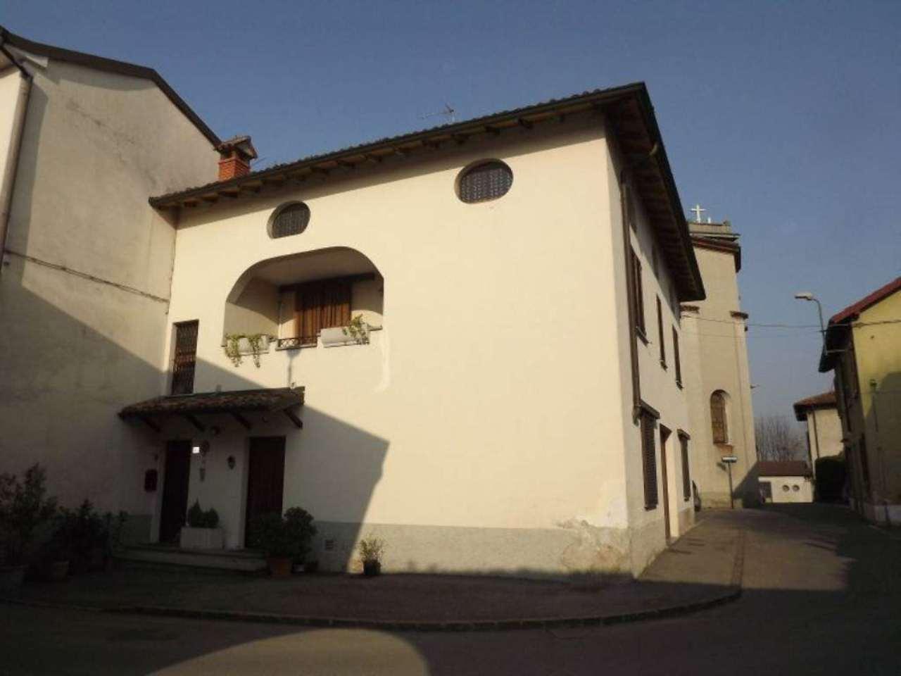 Soluzione Indipendente in vendita a Arzago d'Adda, 4 locali, prezzo € 180.000 | CambioCasa.it