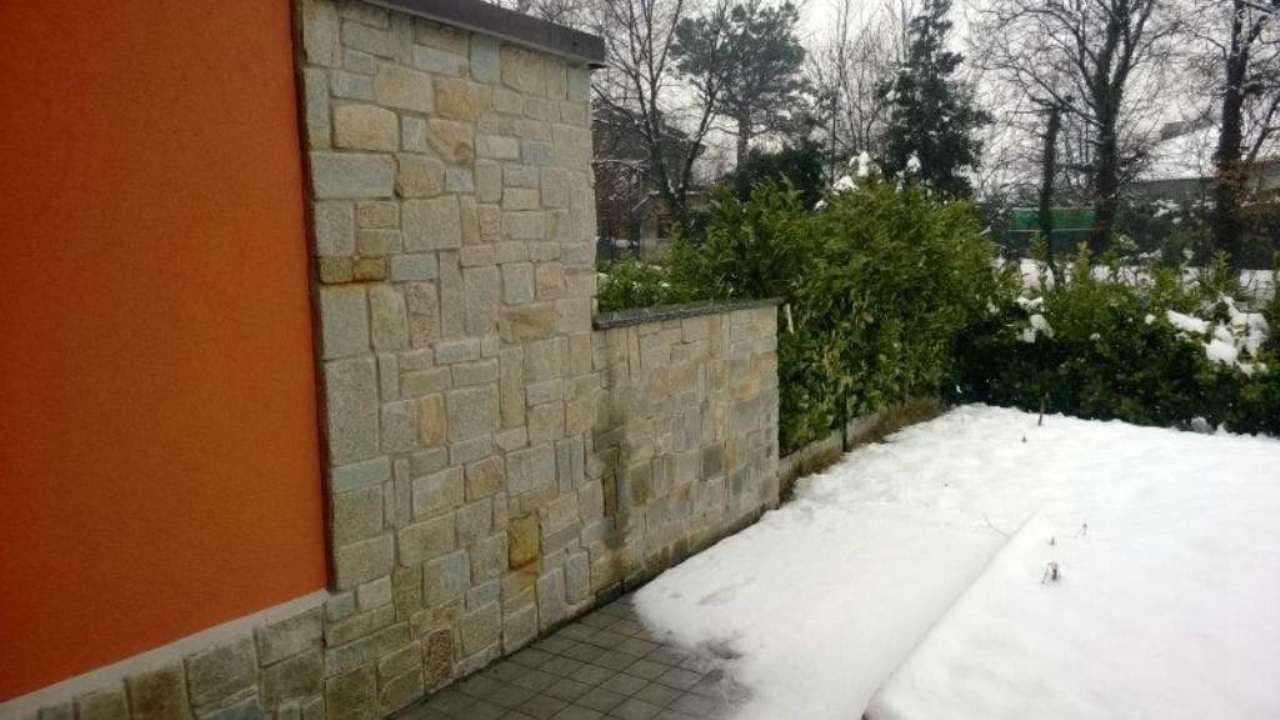 Appartamento in vendita a Brenna, 4 locali, prezzo € 345.000 | CambioCasa.it