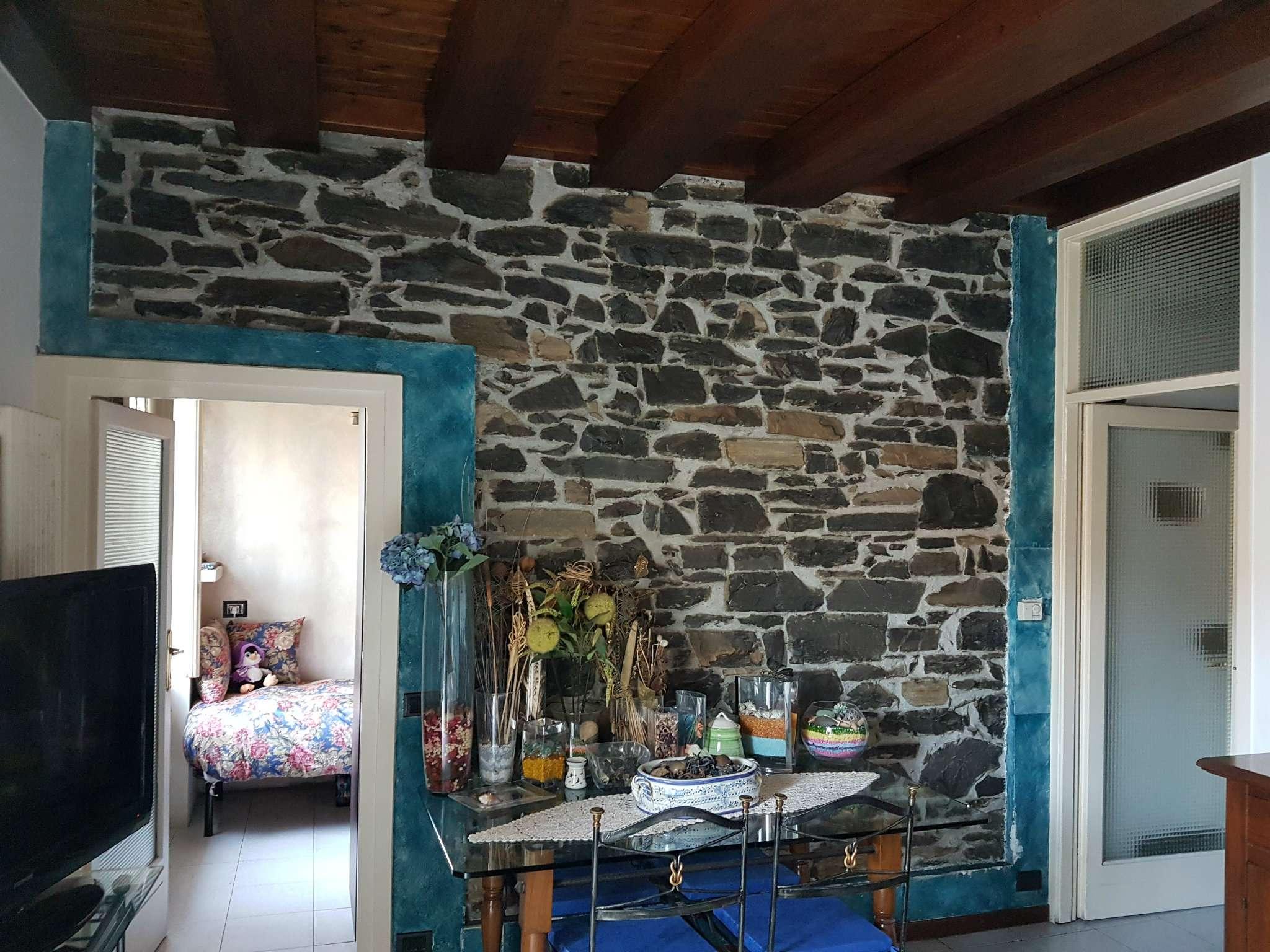 Appartamento in ottime condizioni in vendita Rif. 6419827