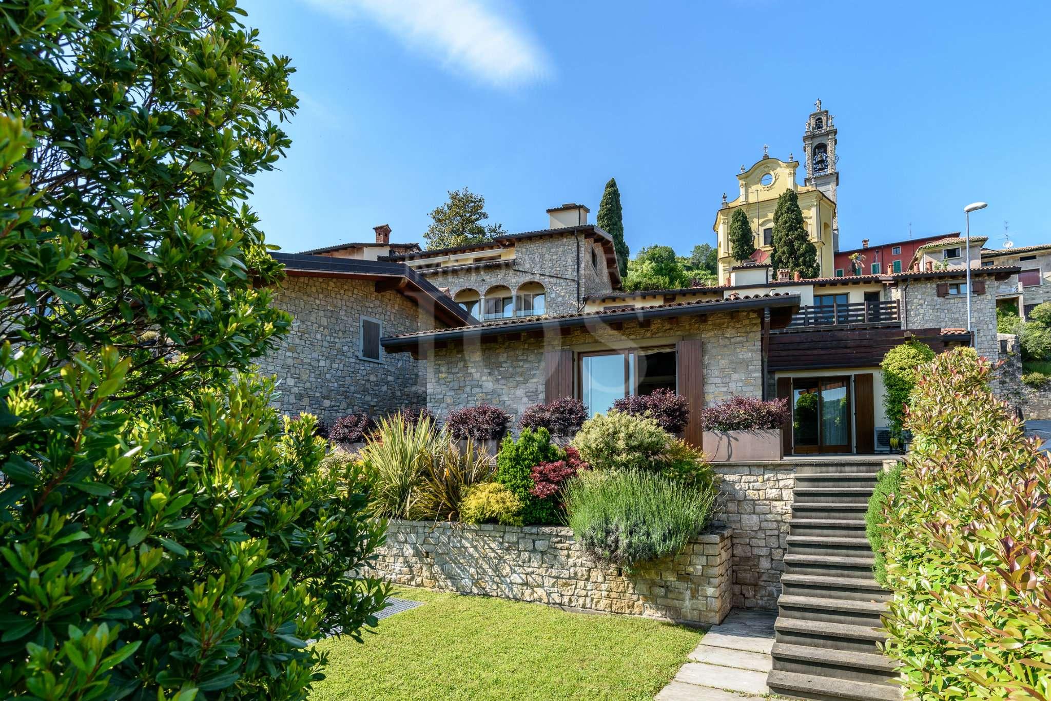 Villa in vendita a Carobbio degli Angeli, 10 locali, prezzo € 435.000   PortaleAgenzieImmobiliari.it
