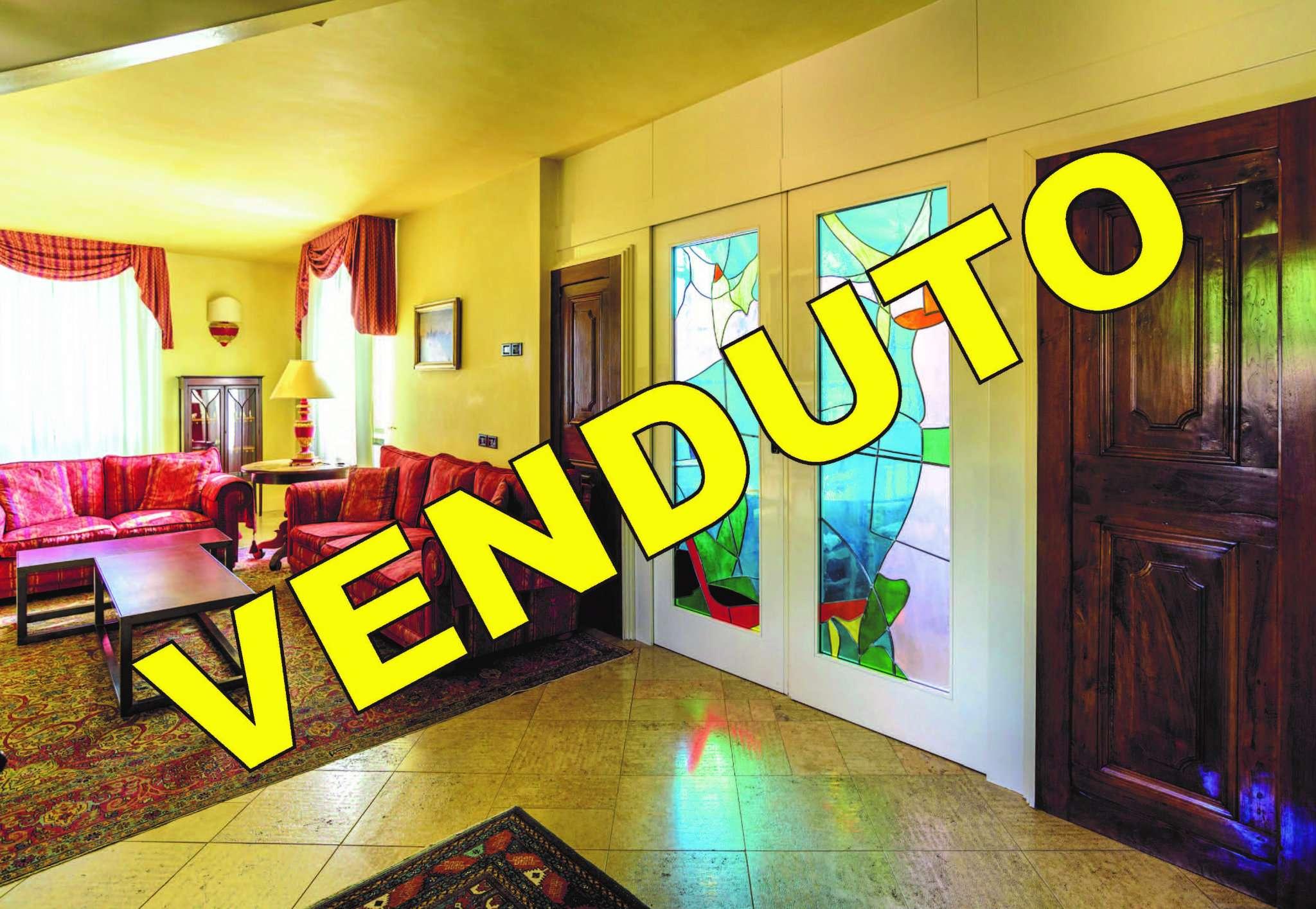 Attico / Mansarda in vendita a Sarnico, 4 locali, prezzo € 550.000   PortaleAgenzieImmobiliari.it