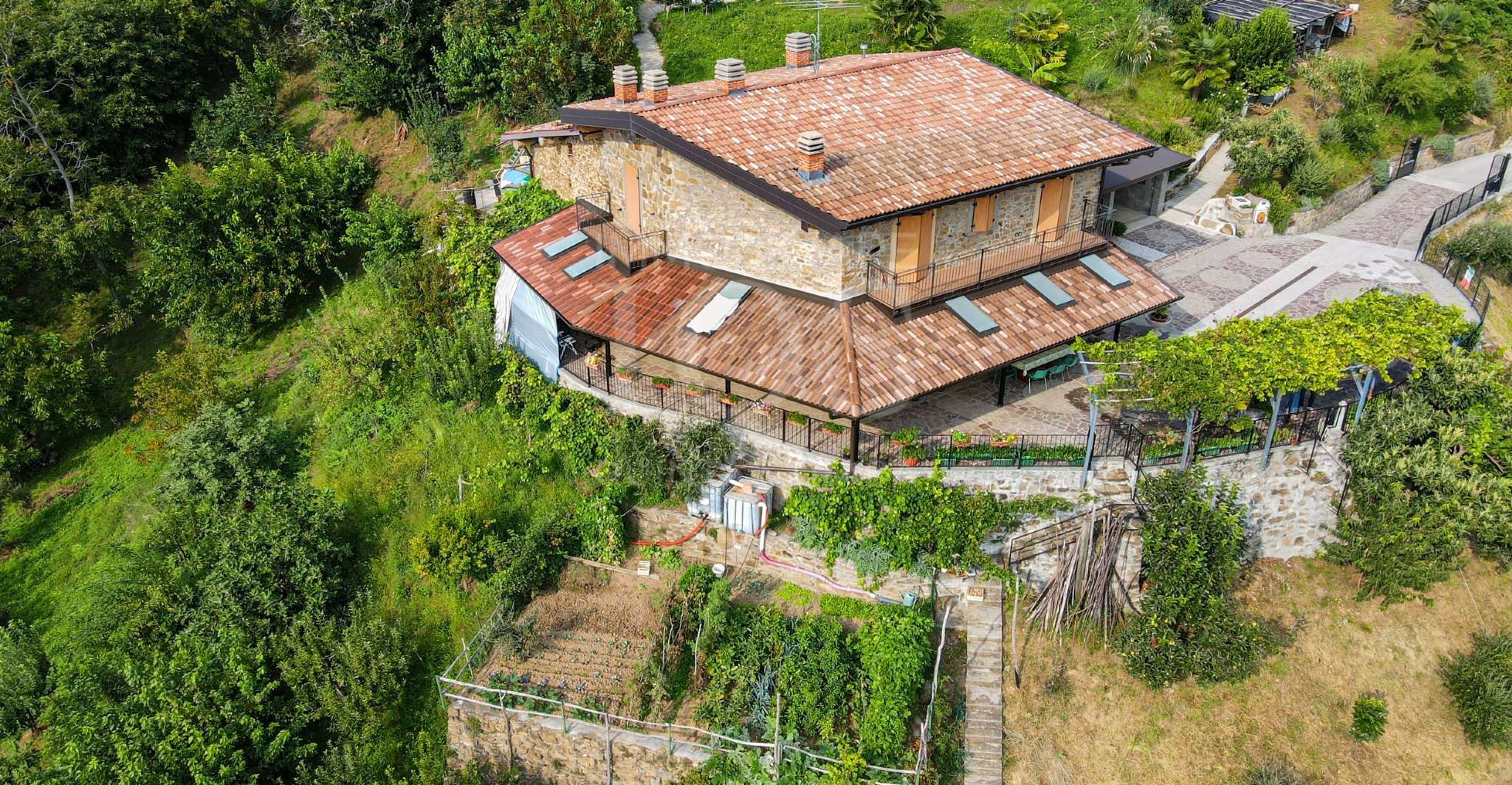 Soluzione Indipendente in vendita a Foresto Sparso, 6 locali, prezzo € 470.000 | PortaleAgenzieImmobiliari.it