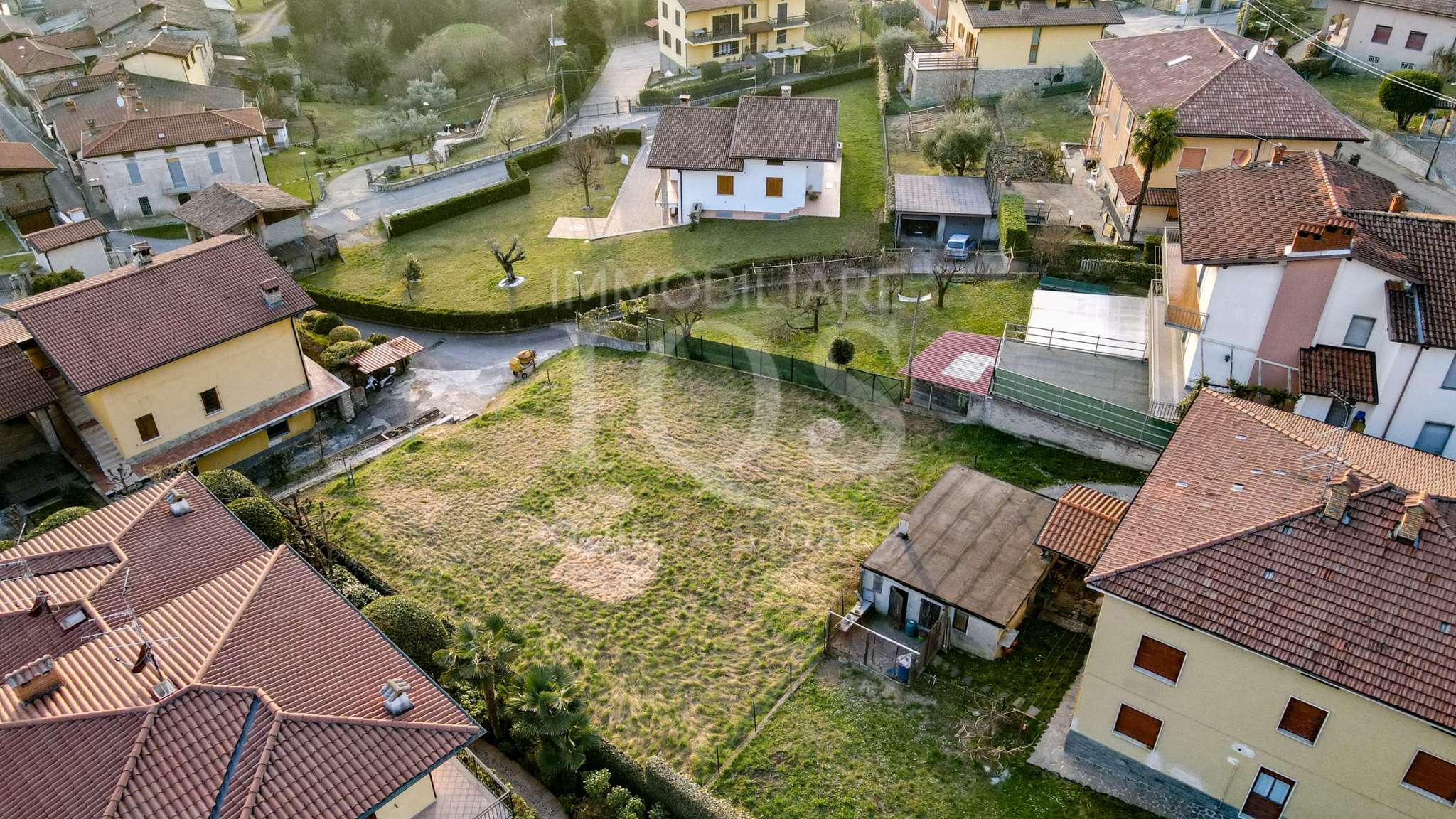 Terreno Edificabile Residenziale in vendita a Viadanica, 1 locali, prezzo € 89.000   PortaleAgenzieImmobiliari.it