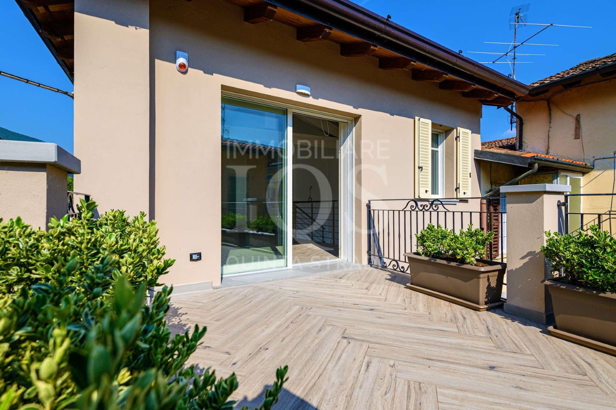 Attico / Mansarda in vendita a Sarnico, 4 locali, Trattative riservate | PortaleAgenzieImmobiliari.it