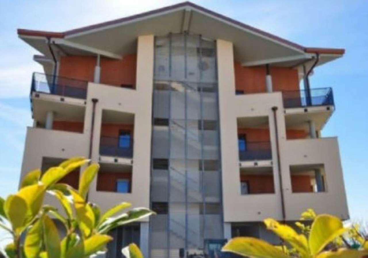 Appartamento in vendita a Trofarello, 4 locali, prezzo € 270.000   CambioCasa.it