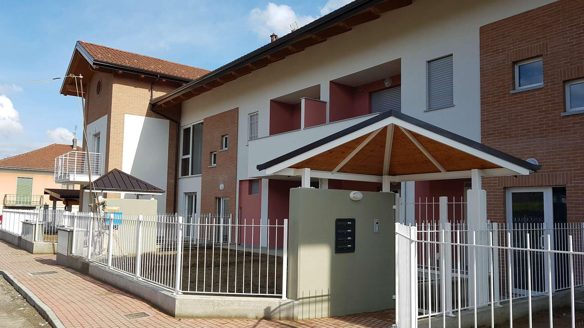 Appartamento in vendita a Trofarello, 3 locali, prezzo € 240.000 | CambioCasa.it