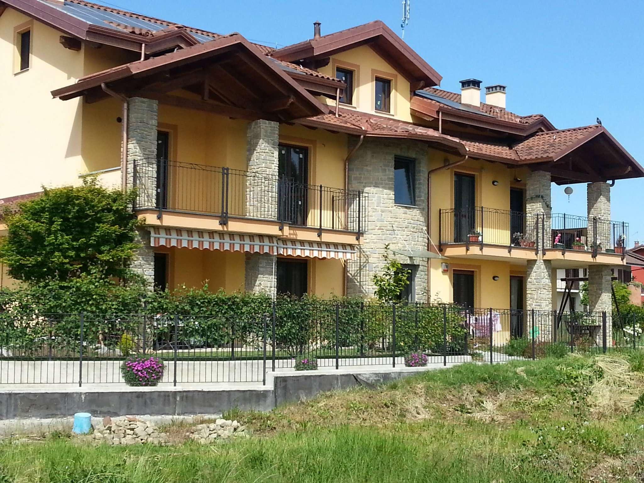 Appartamento in vendita a Poirino, 6 locali, prezzo € 198.000 | CambioCasa.it