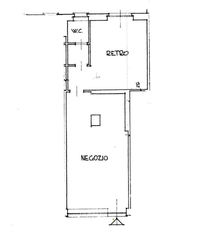 Negozio / Locale in affitto a Trofarello, 2 locali, prezzo € 450 | CambioCasa.it