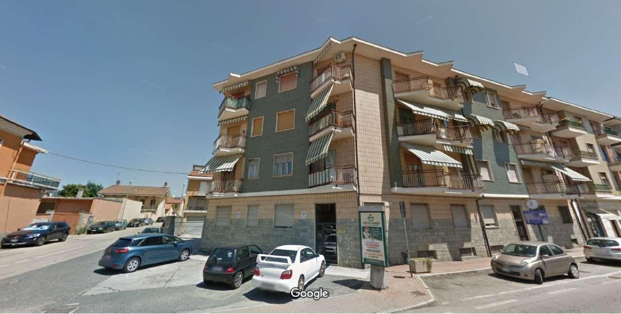 Attività / Licenza in affitto a Trofarello, 9999 locali, prezzo € 700 | CambioCasa.it