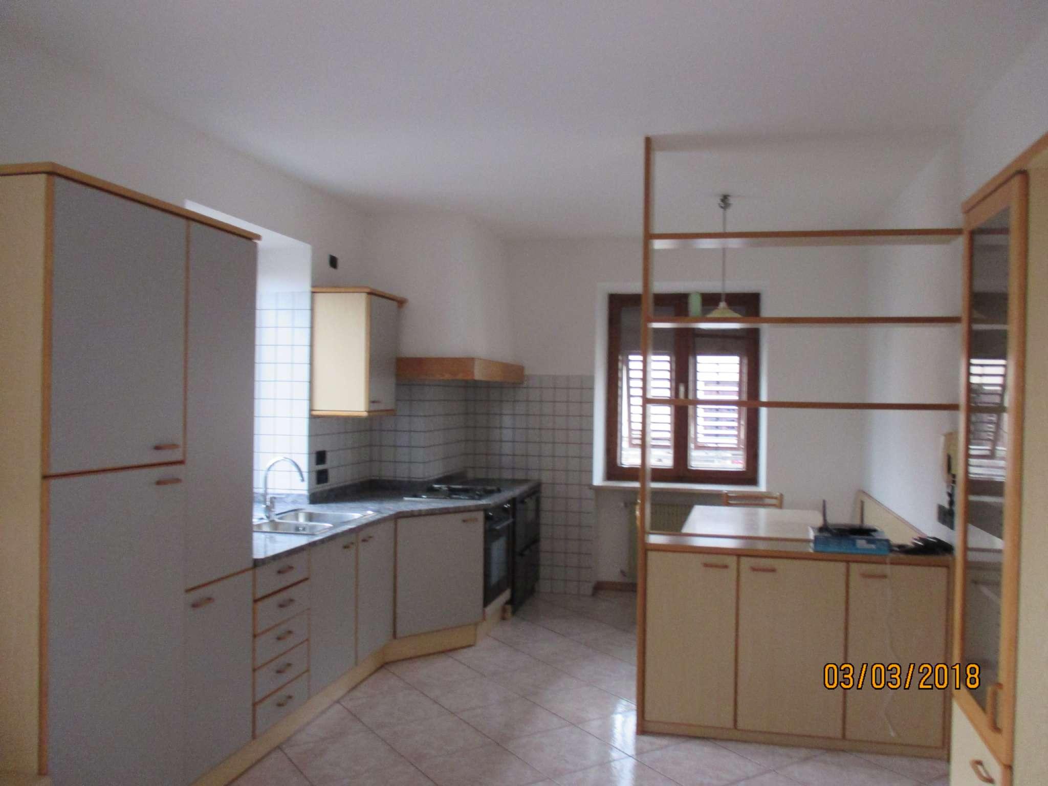 Soluzione Indipendente in affitto a Predaia, 4 locali, prezzo € 450   CambioCasa.it