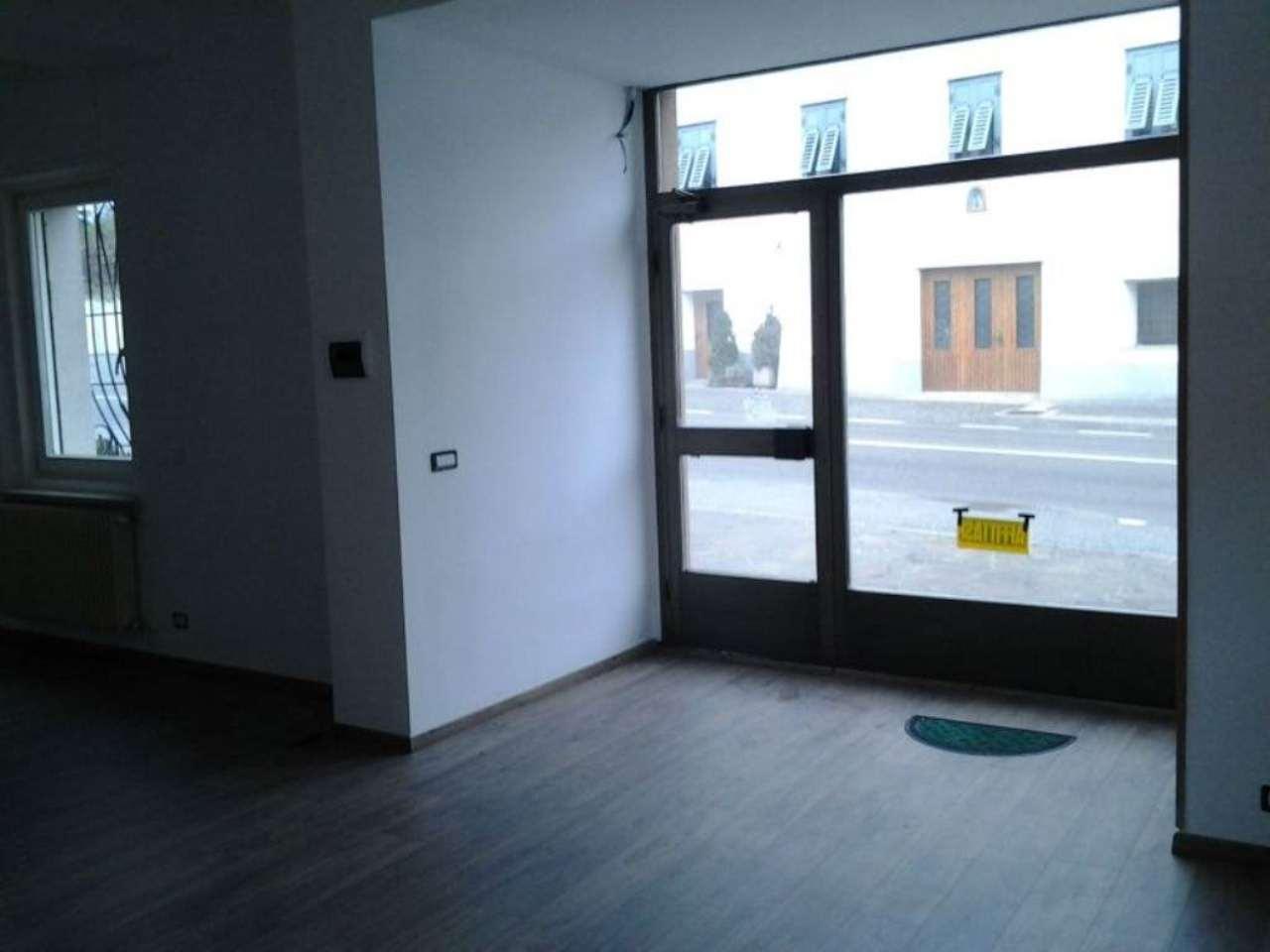 Negozio / Locale in affitto a Cles, 1 locali, prezzo € 430 | CambioCasa.it