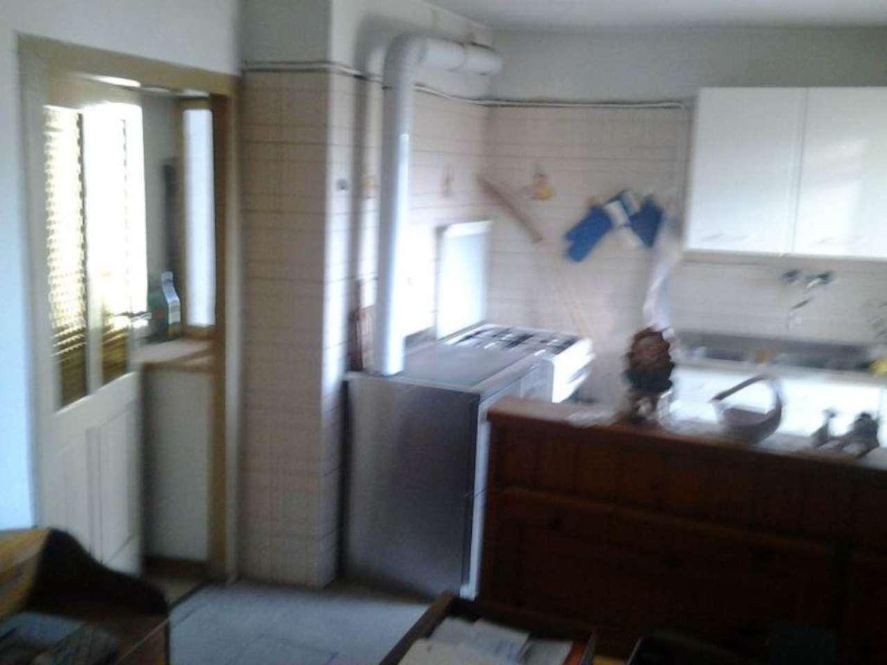 Appartamento da ristrutturare in vendita Rif. 7594181