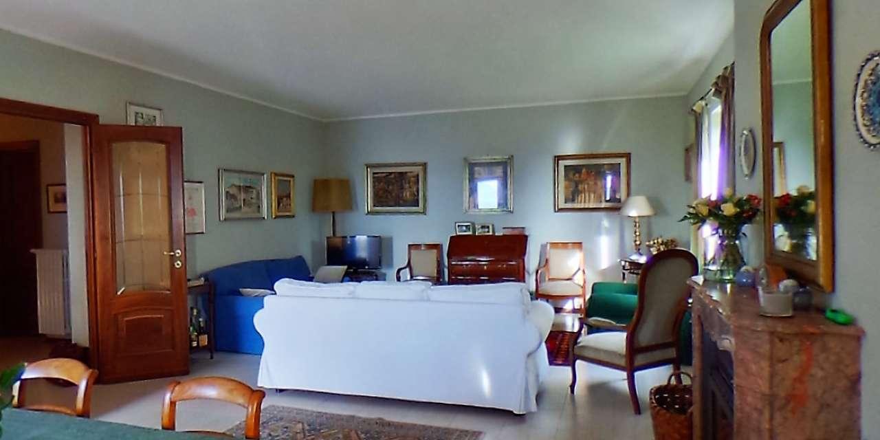 Villa in ottime condizioni in vendita Rif. 8646836