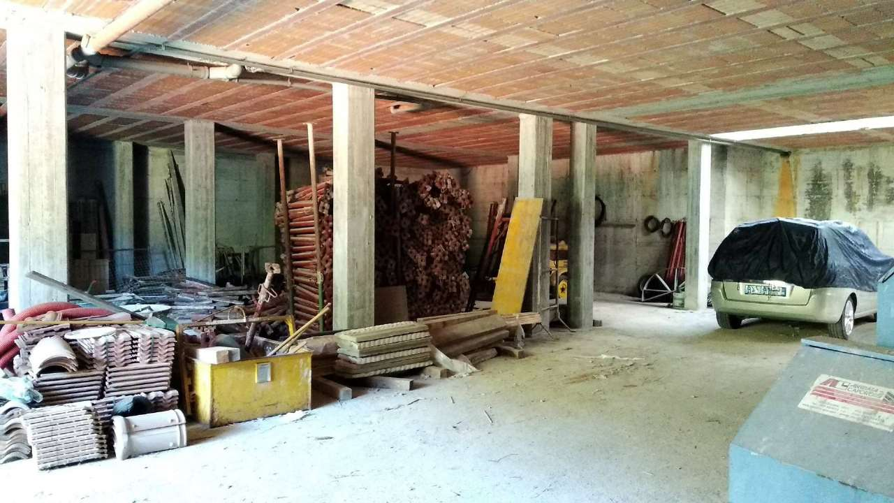 Magazzino in vendita a Toirano, 1 locali, prezzo € 280.000 | PortaleAgenzieImmobiliari.it