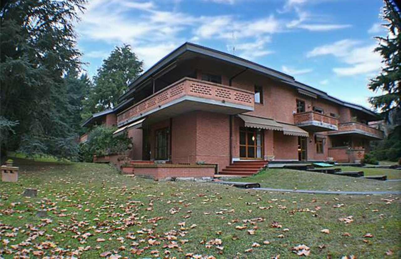 Appartamento in vendita a Pino Torinese, 8 locali, prezzo € 380.000 | PortaleAgenzieImmobiliari.it
