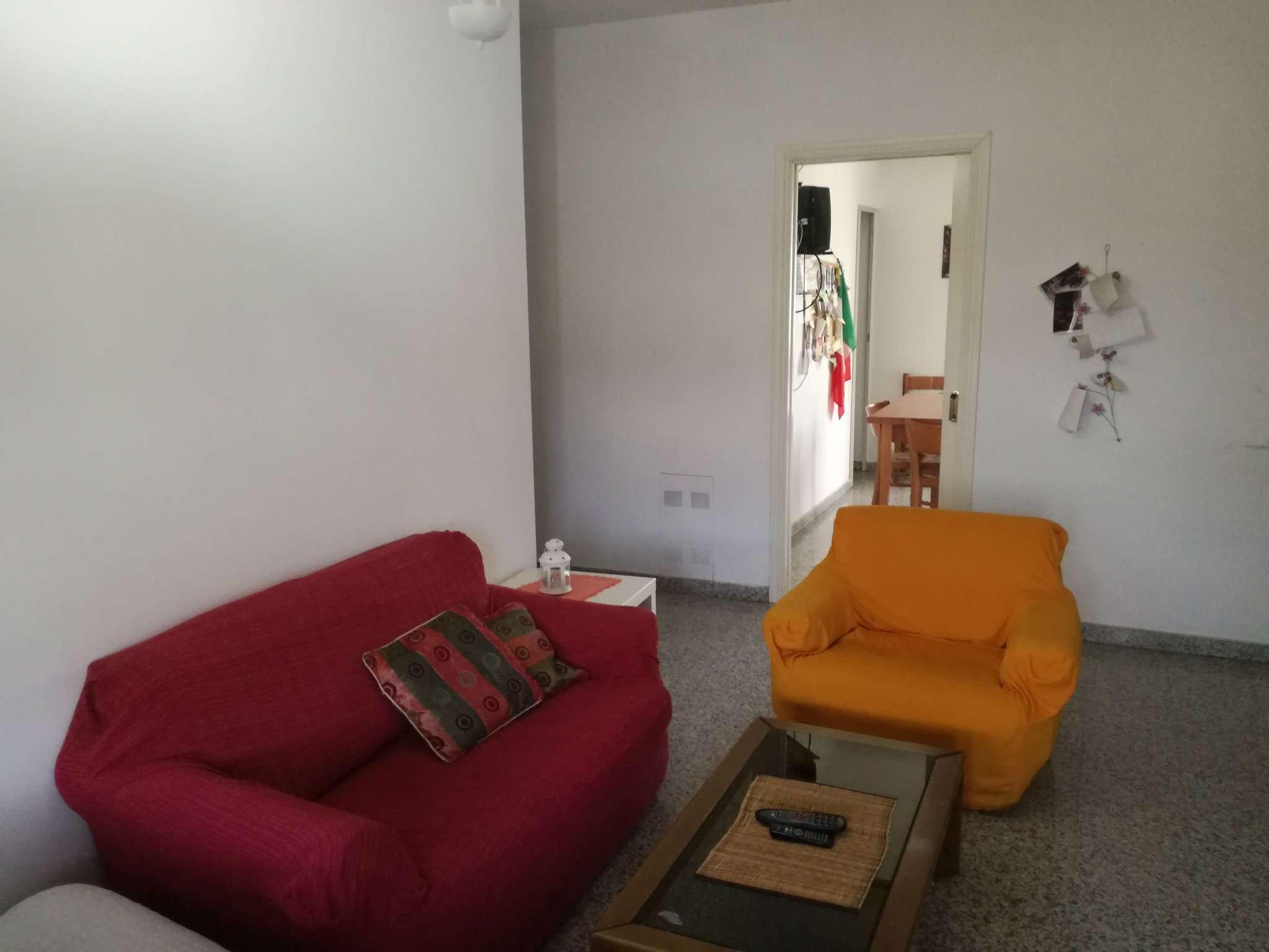 Stanza / posto letto in condizioni mediocri arredato in affitto Rif. 6857430