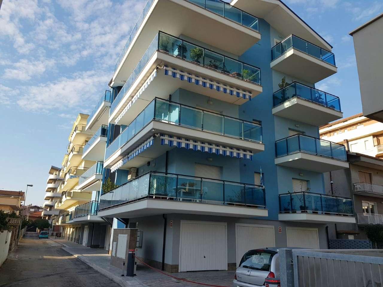 Appartamento in ottime condizioni arredato in affitto Rif. 8533731