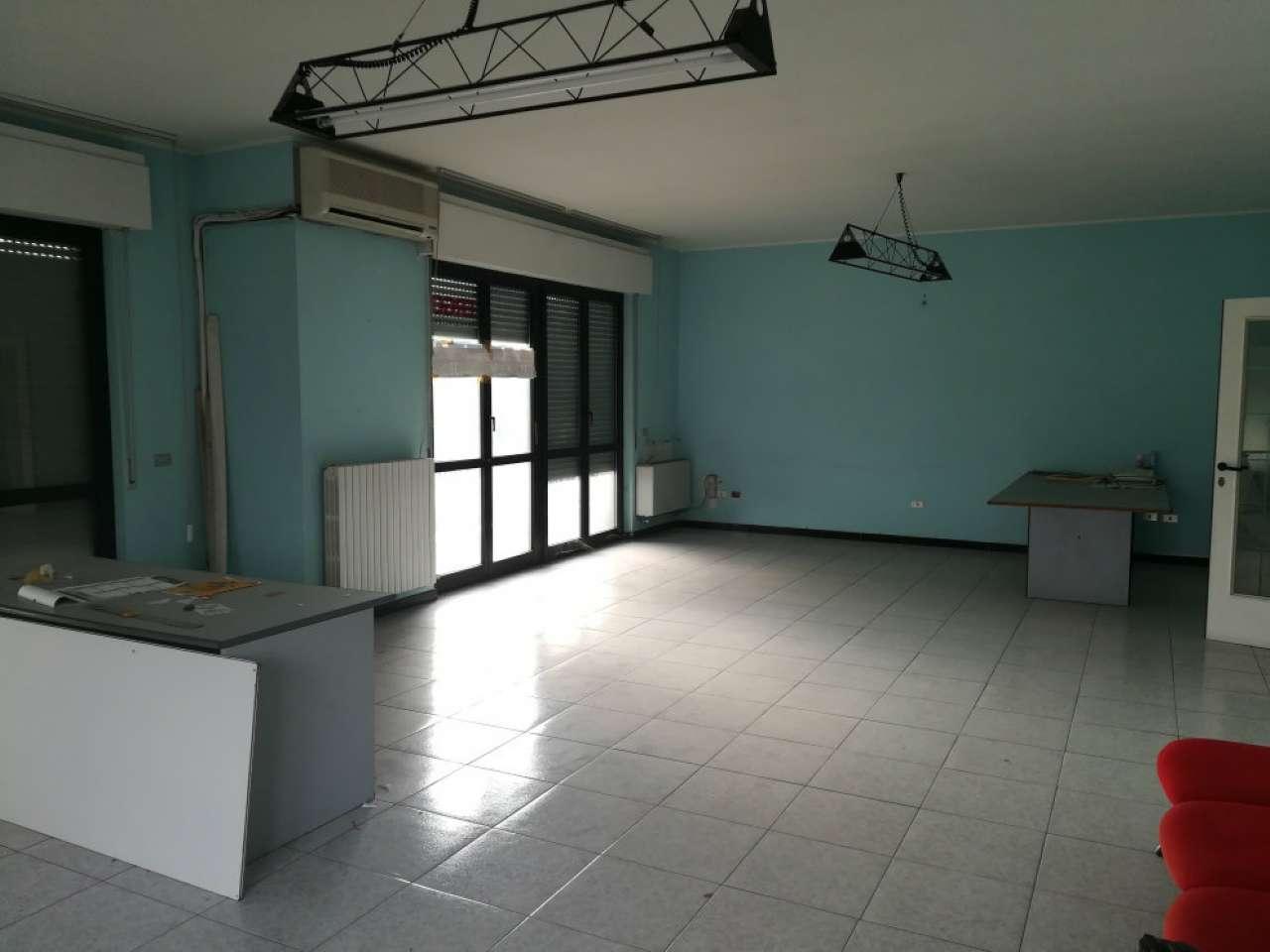 Ufficio in affitto Rif. 8646845