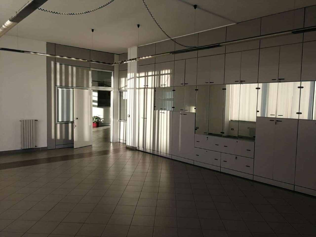 Locale commerciale, Sambuceto Rif. 9289956