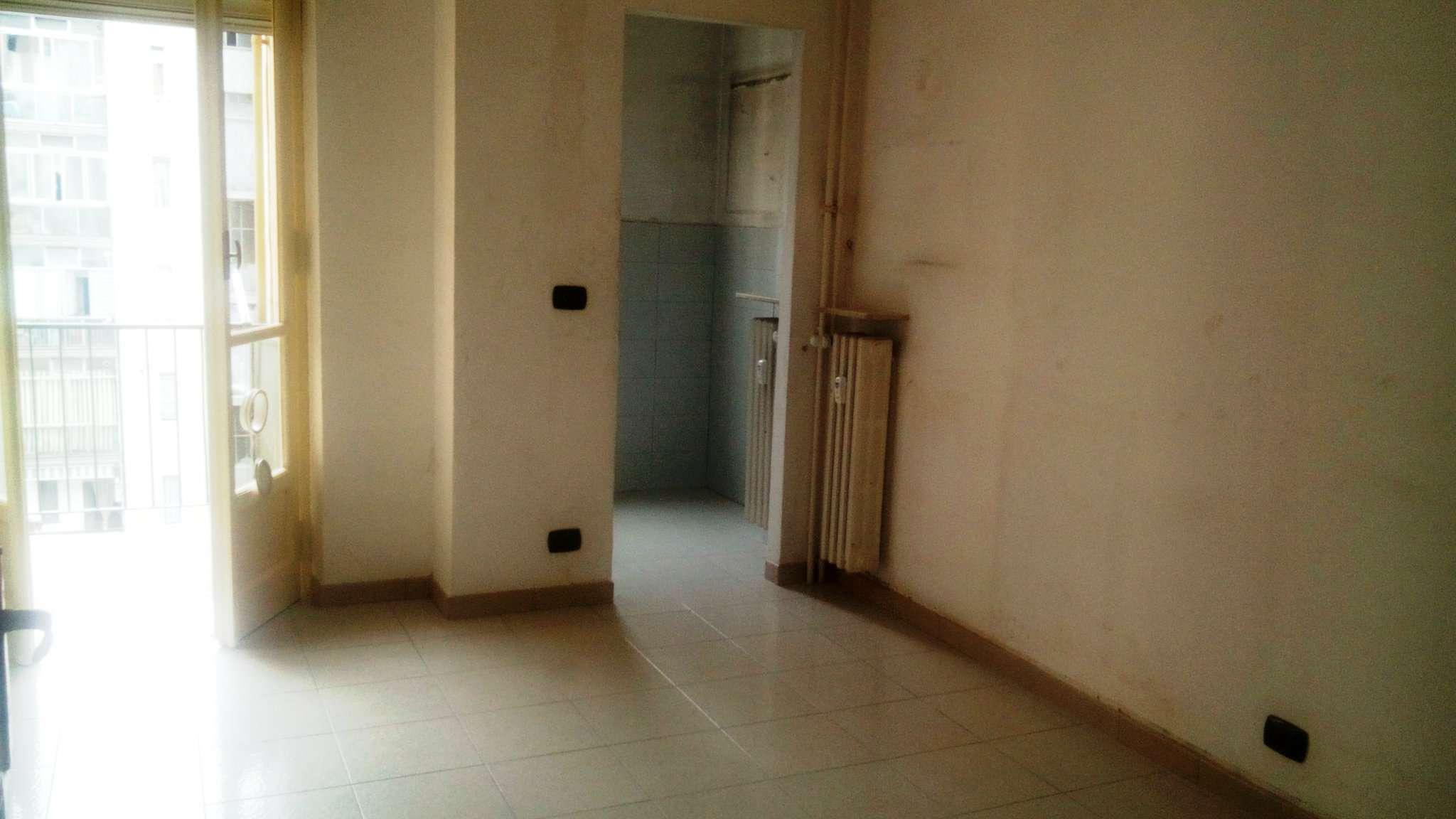 Appartamento ristrutturato in affitto Rif. 7910441