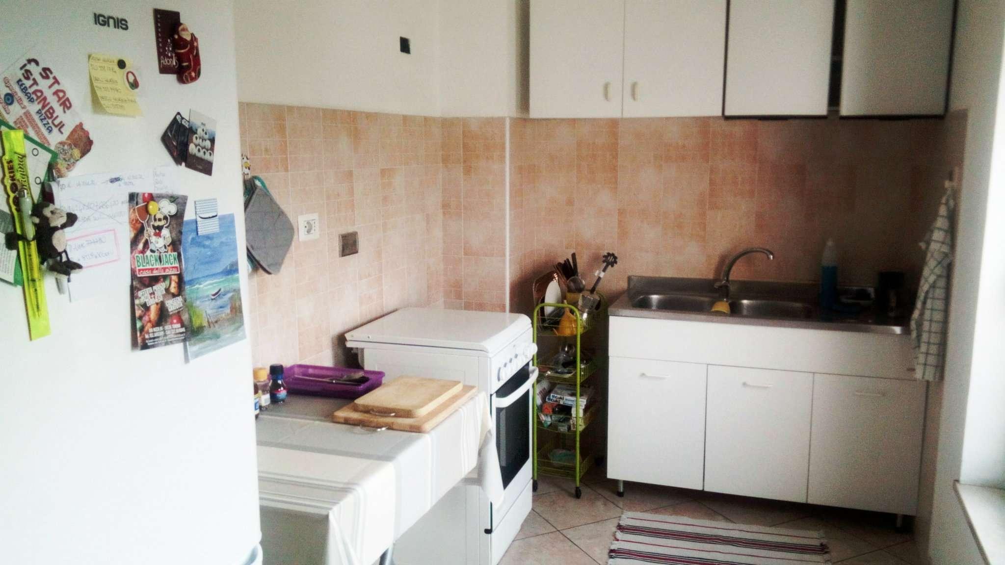 Stanza / posto letto in ottime condizioni arredato in affitto Rif. 7968748