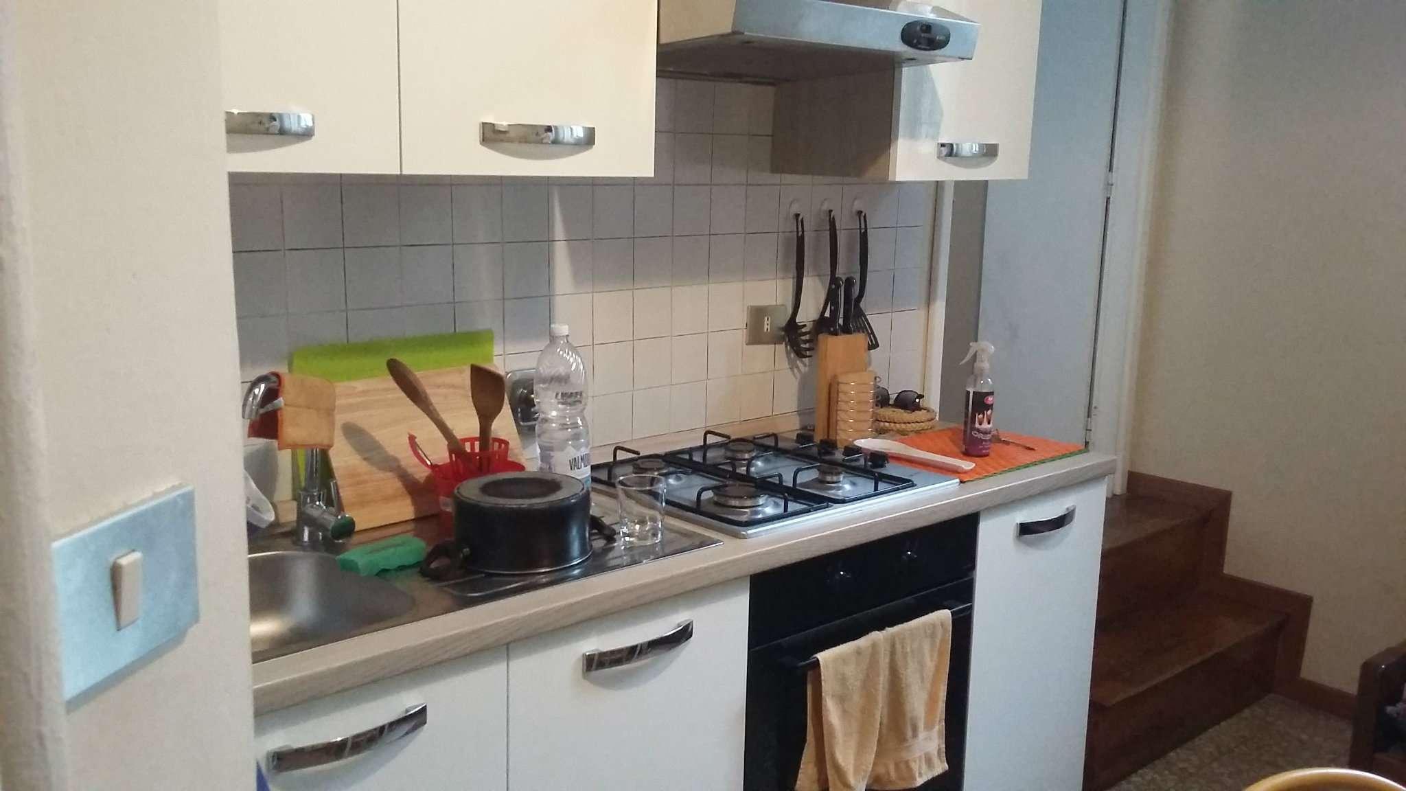Appartamento in ottime condizioni arredato in affitto Rif. 8036323