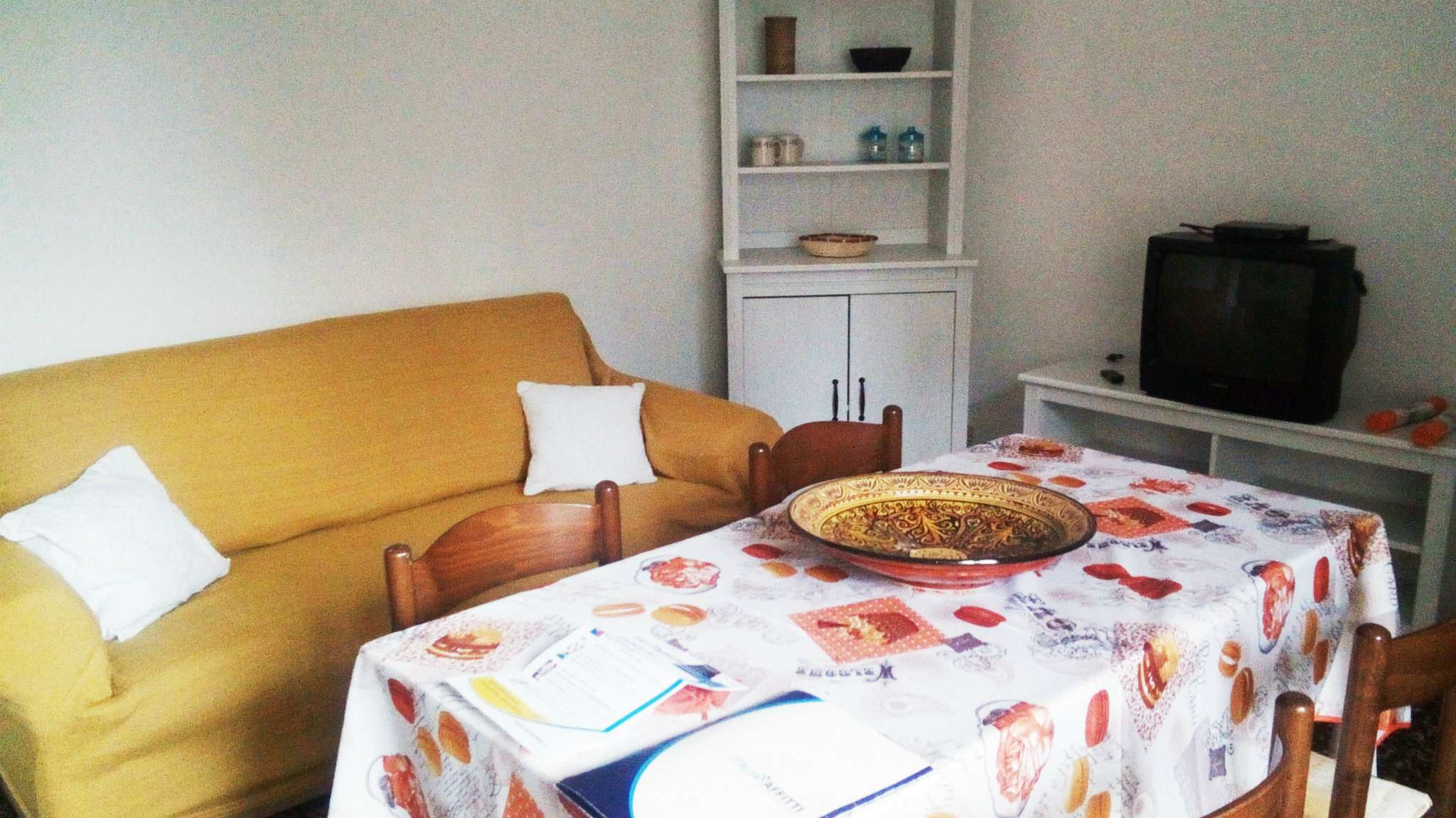 Appartamento in buone condizioni arredato in affitto Rif. 8426234