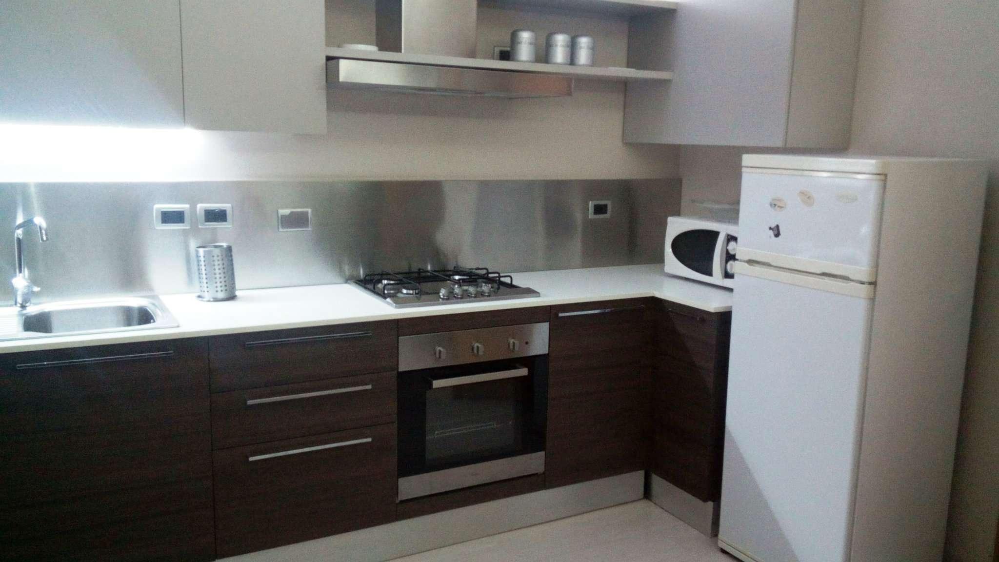 Appartamento in ottime condizioni arredato in affitto Rif. 9125383