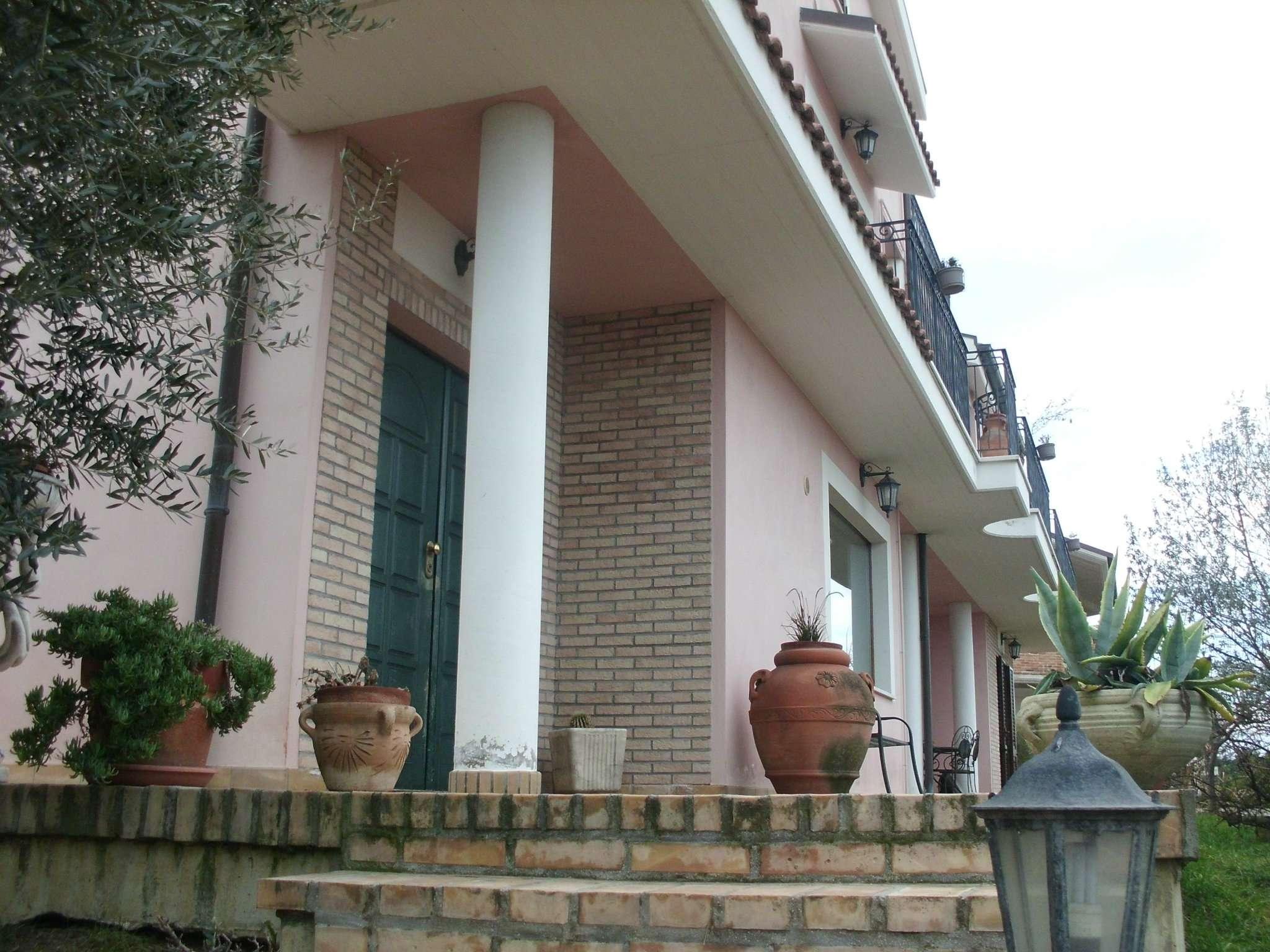 Appartamento in affitto a Montesilvano, 2 locali, prezzo € 380 | CambioCasa.it